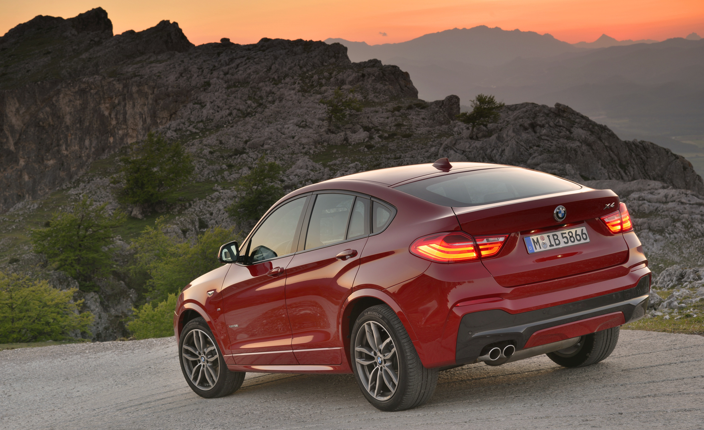 2015 BMW X4 XDrive35i (Photo 3 of 14)