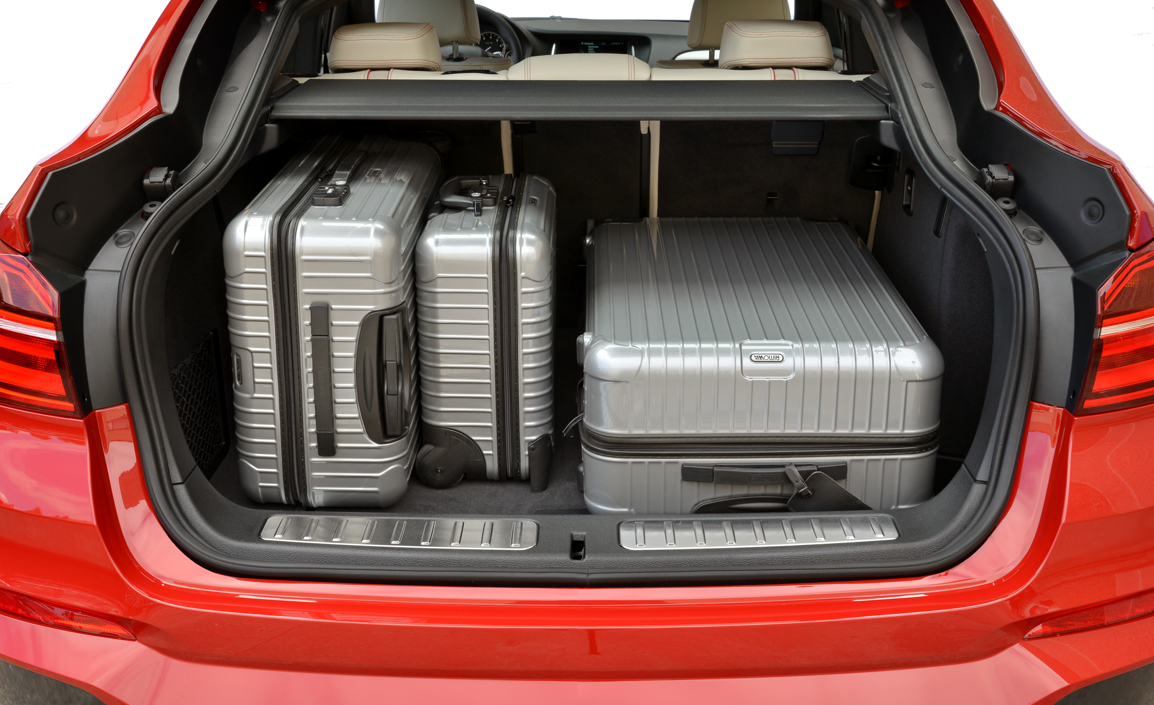 2015 BMW X4 XDrive35i Cargo Area (Photo 10 of 14)
