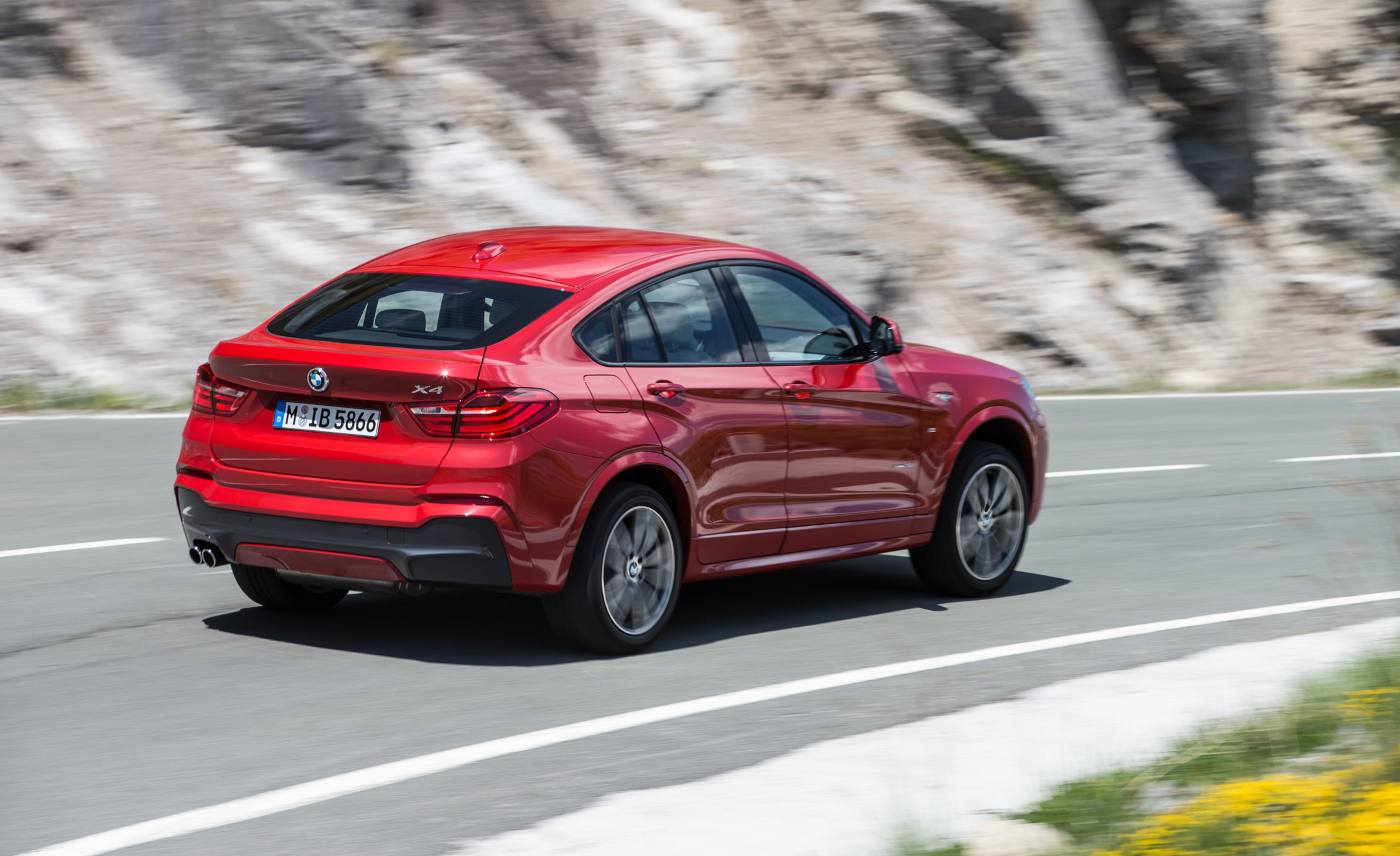 2015 BMW X4 XDrive35i (Photo 7 of 14)