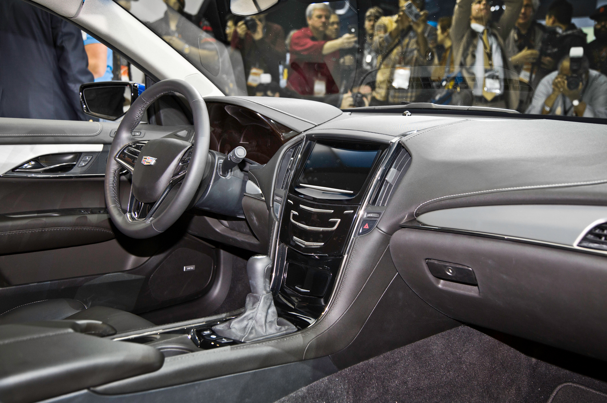 2015 Cadillac Ats Coupe Interior Dash (View 16 of 21)