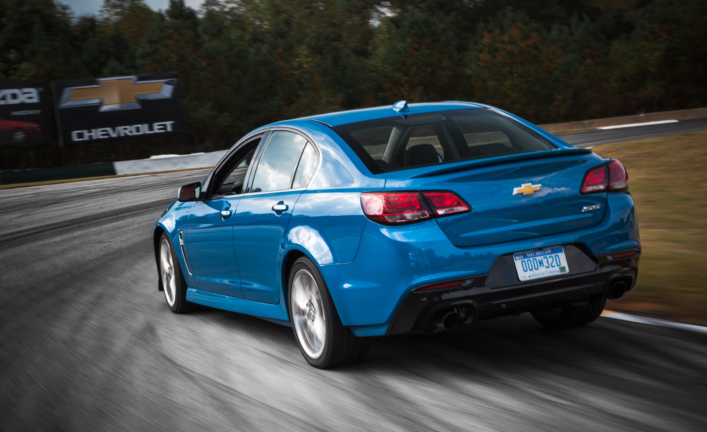 2015 Chevrolet SS (Photo 22 of 27)
