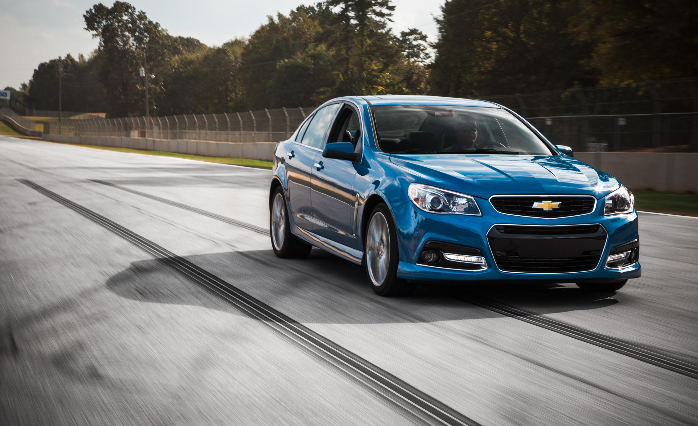 2015 Chevrolet SS (Photo 15 of 27)
