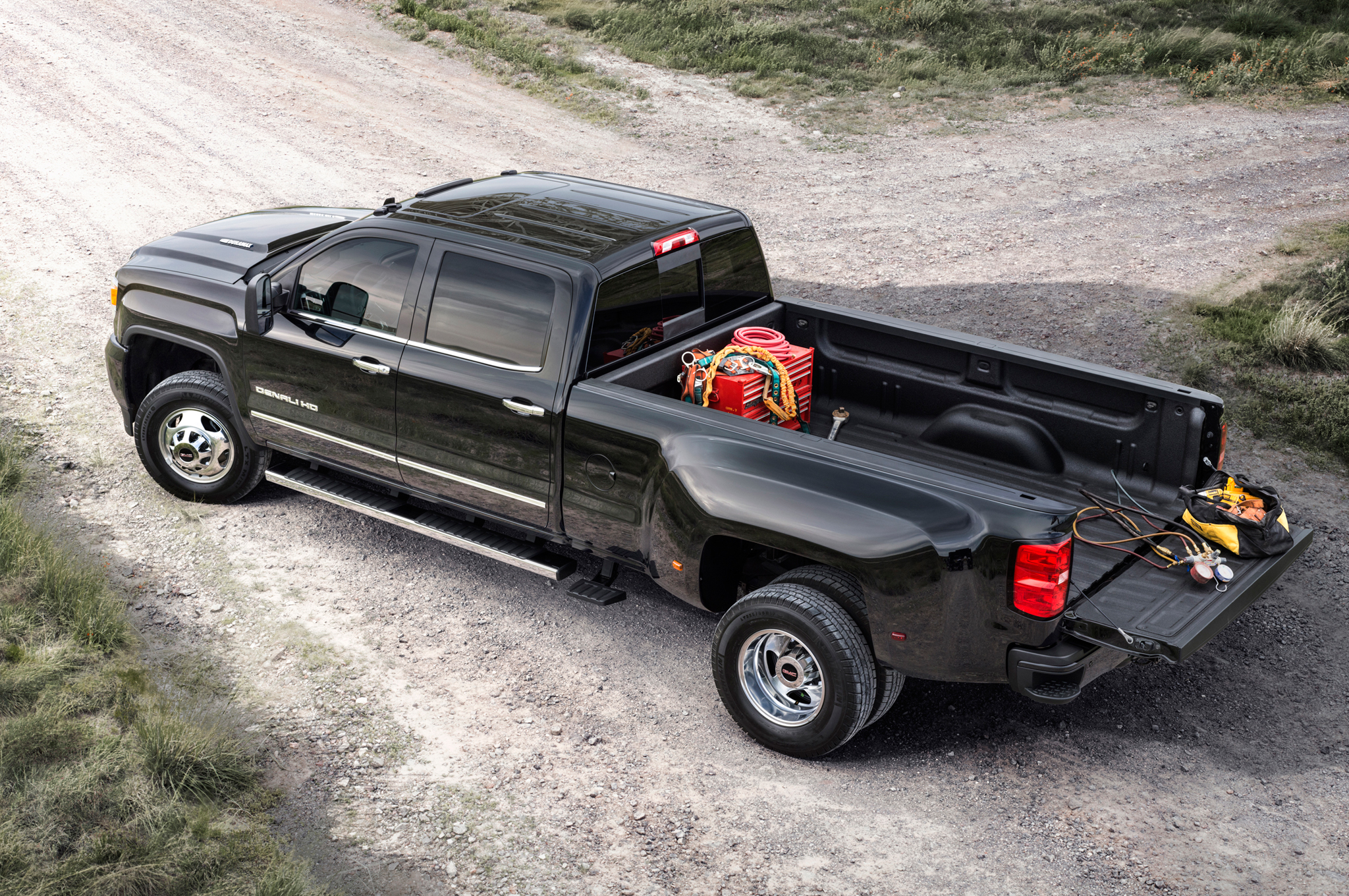 2015 Chevrolet Silverado Hd Cab (Photo 3 of 6)