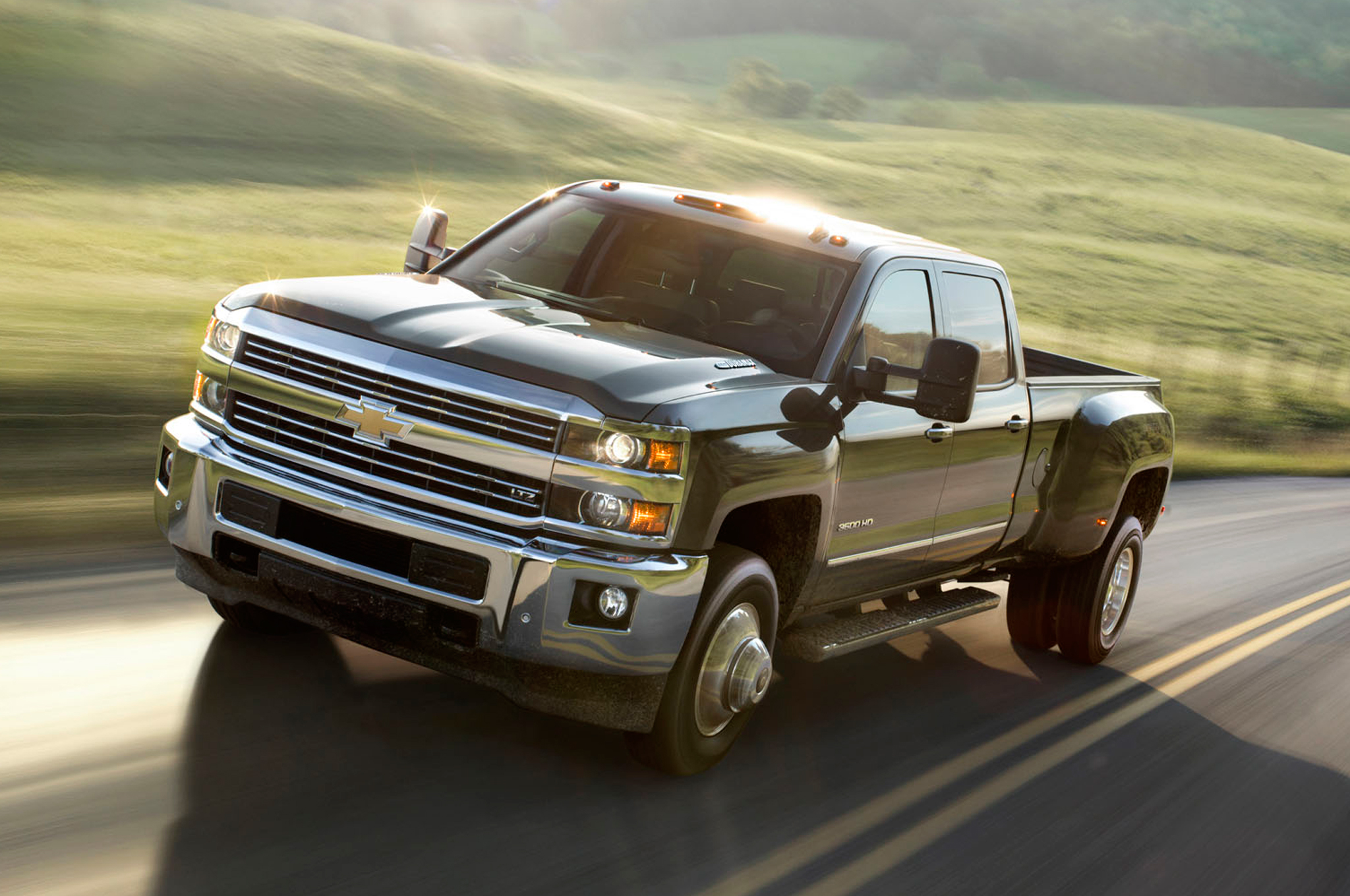 2015 Chevrolet Silverado Hd Performance (View 5 of 6)