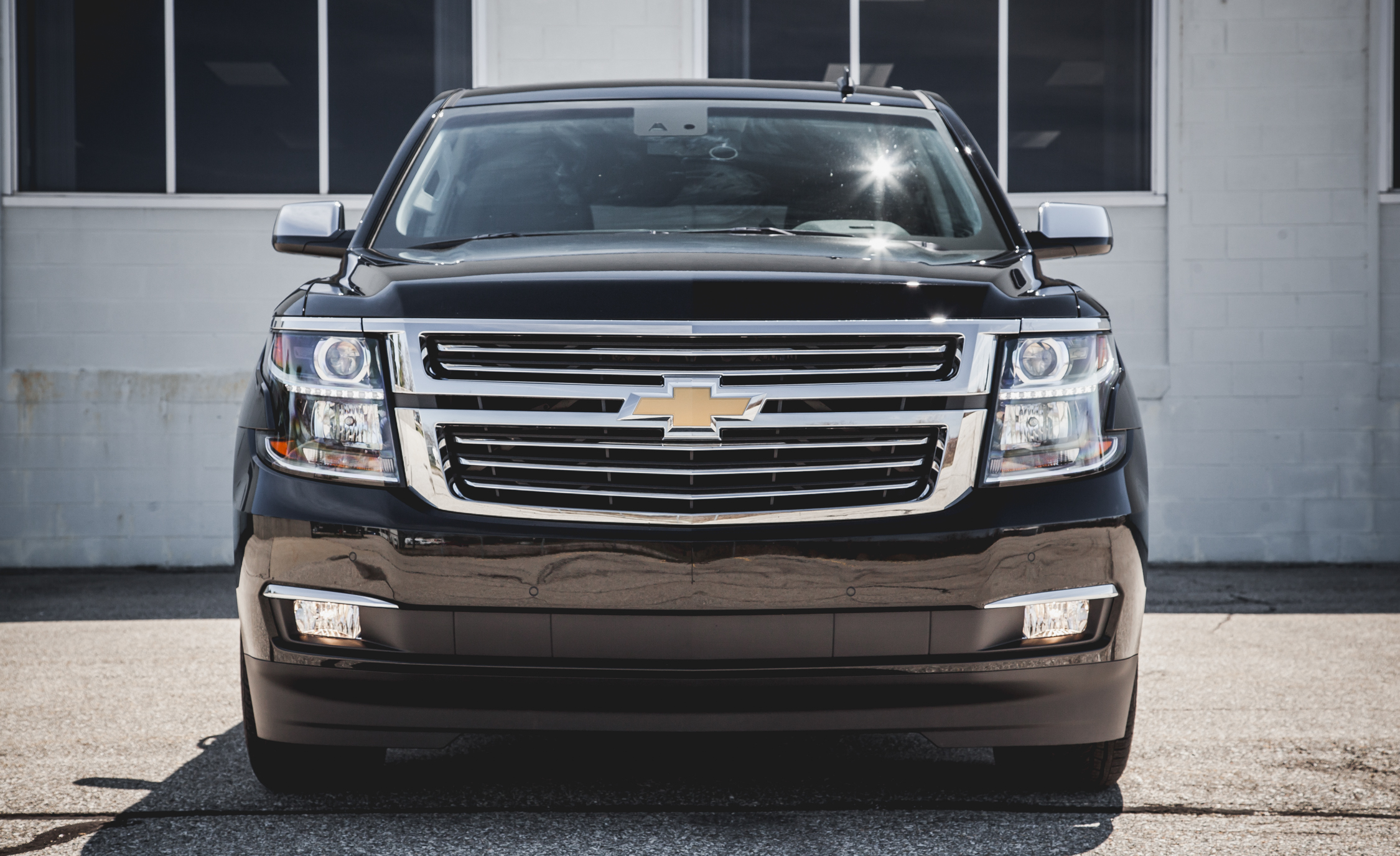 2015 Chevrolet Suburban LTZ (Photo 7 of 33)
