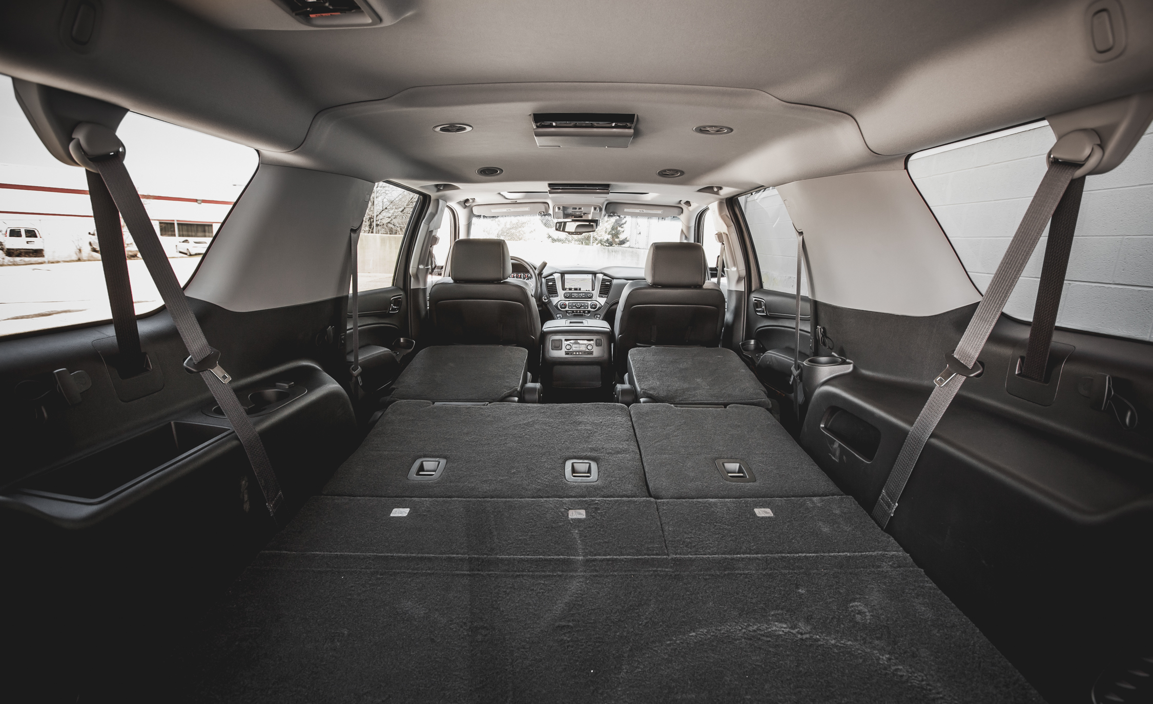 2015 Chevrolet Suburban LTZ Cargo Area (Photo 13 of 33)