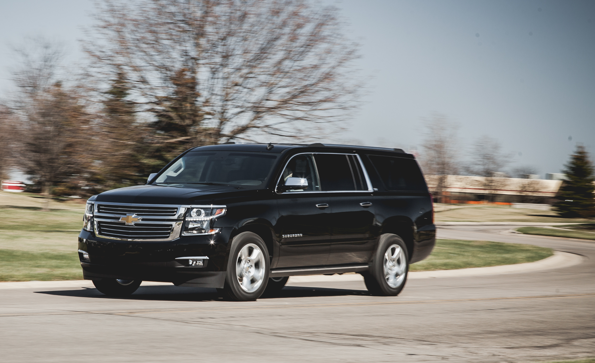 2015 Chevrolet Suburban LTZ (Photo 5 of 33)