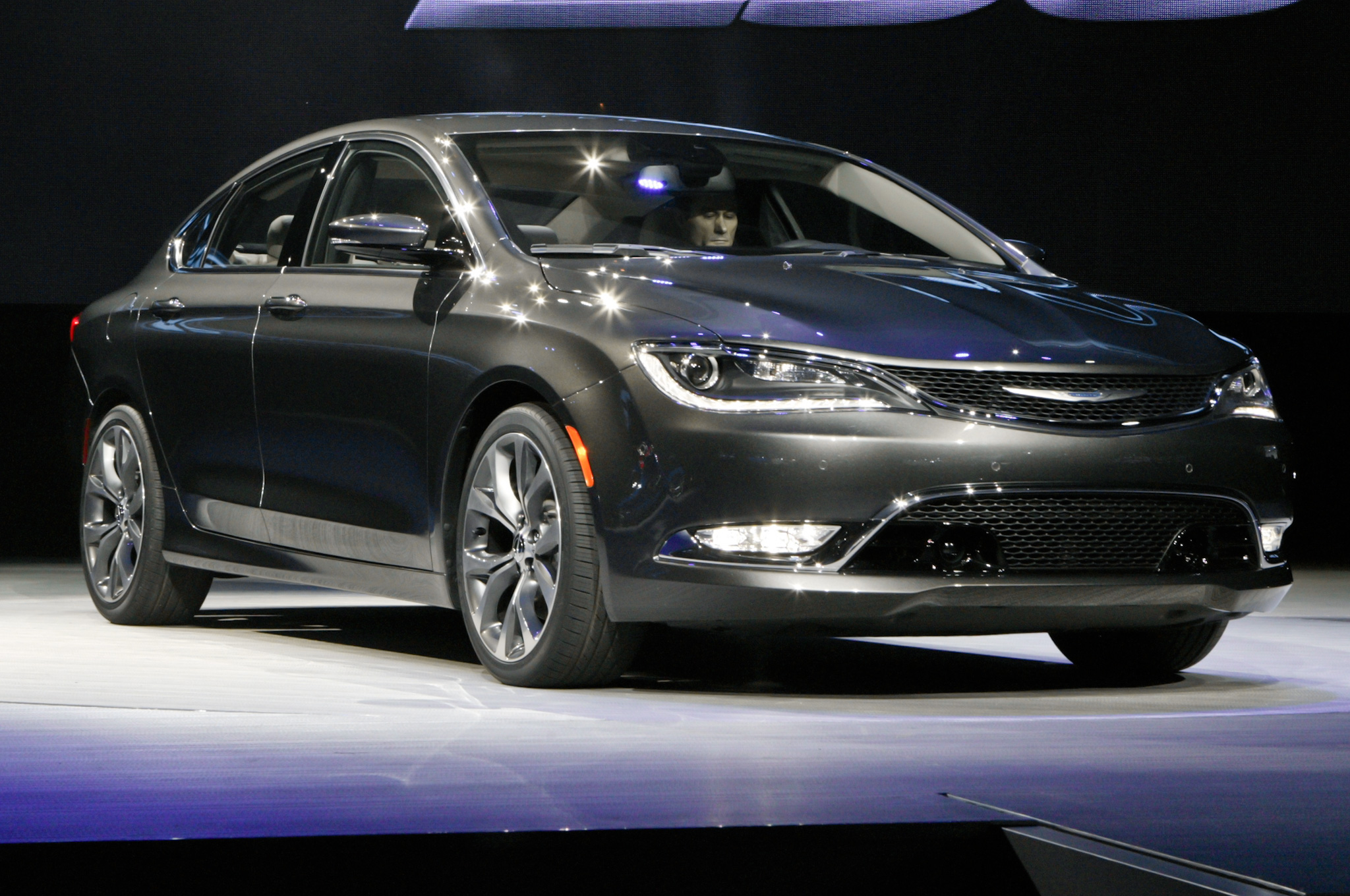 2015 Chrysler 200 Auto Show (Photo 3 of 11)
