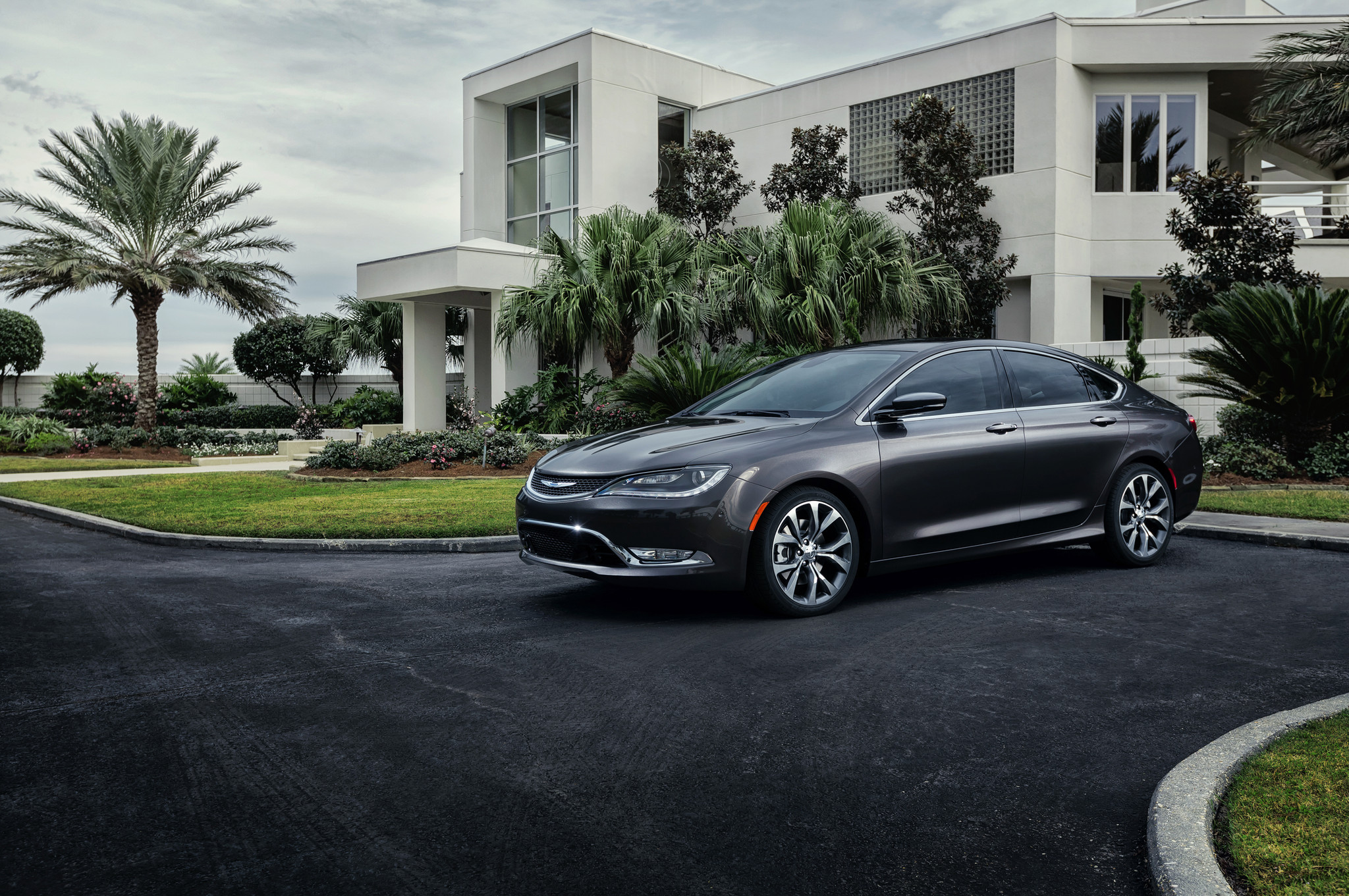 2015 Chrysler 200C (View 9 of 11)