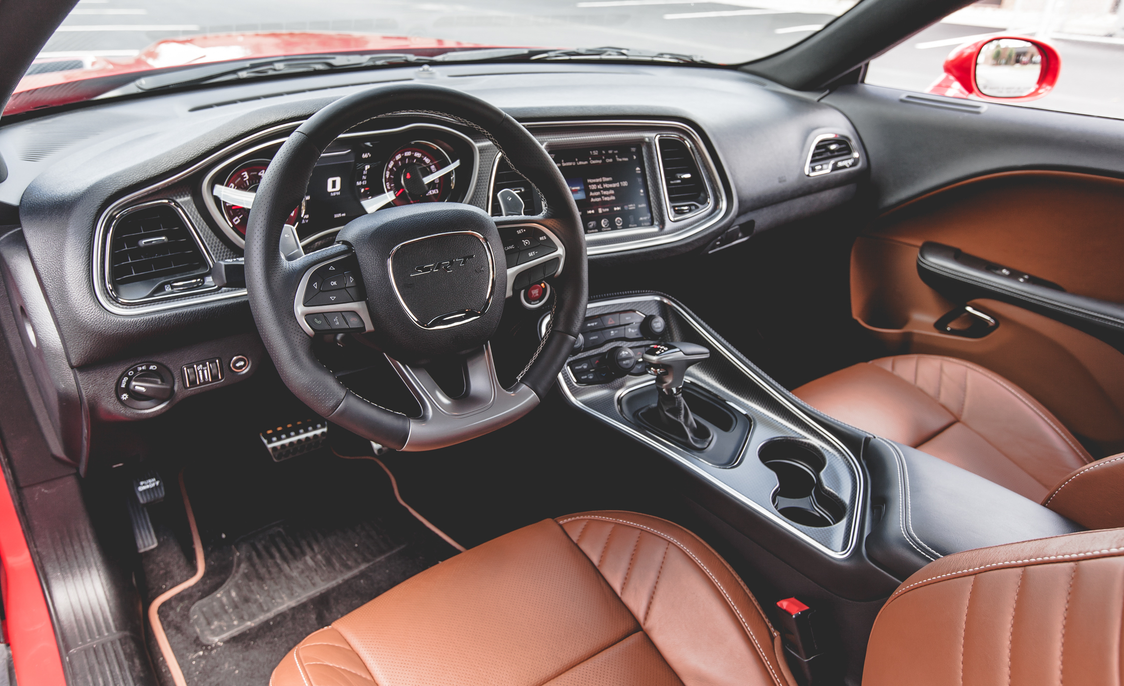 2015 Dodge Challenger SRT Hellcat Interior (Photo 18 of 22)