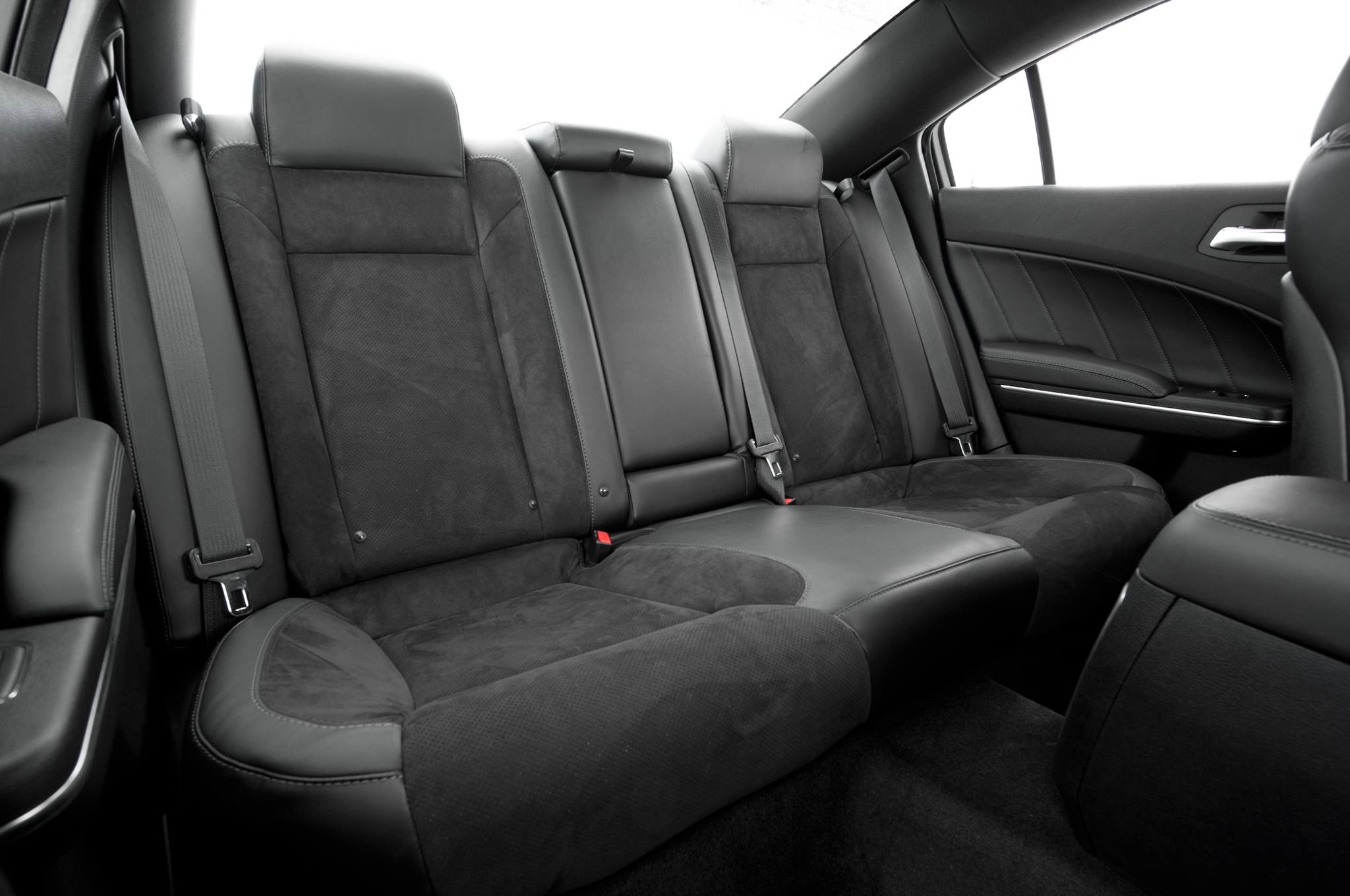 2015 Dodge Charger Rear Interior Seats (Photo 39 of 39)