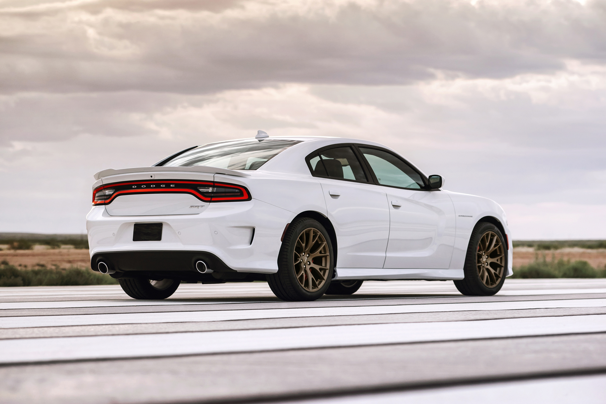 2015 Dodge Charger SRT Hellcat (Photo 25 of 39)