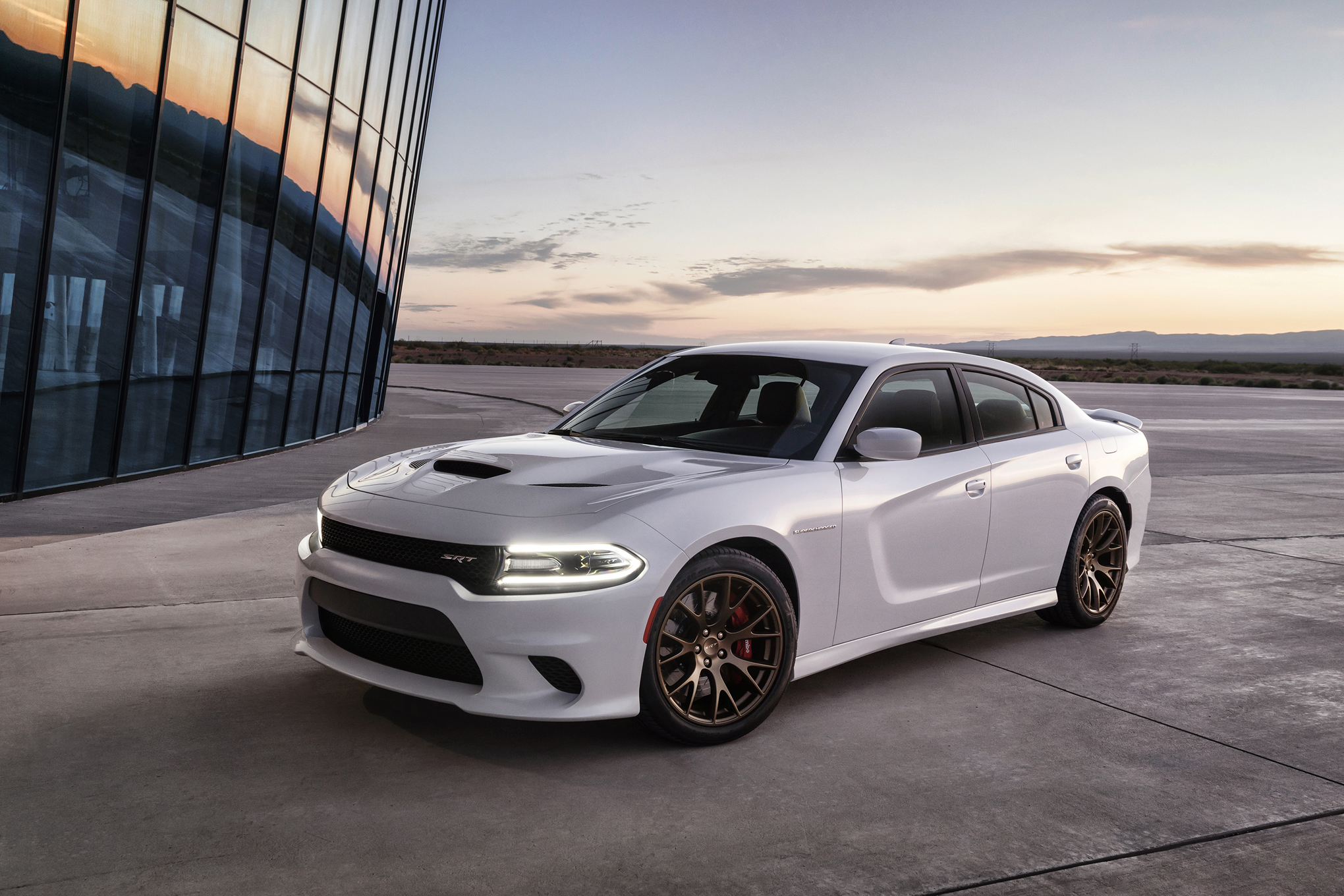 2015 Dodge Charger Pictures Gallery (39 Images)