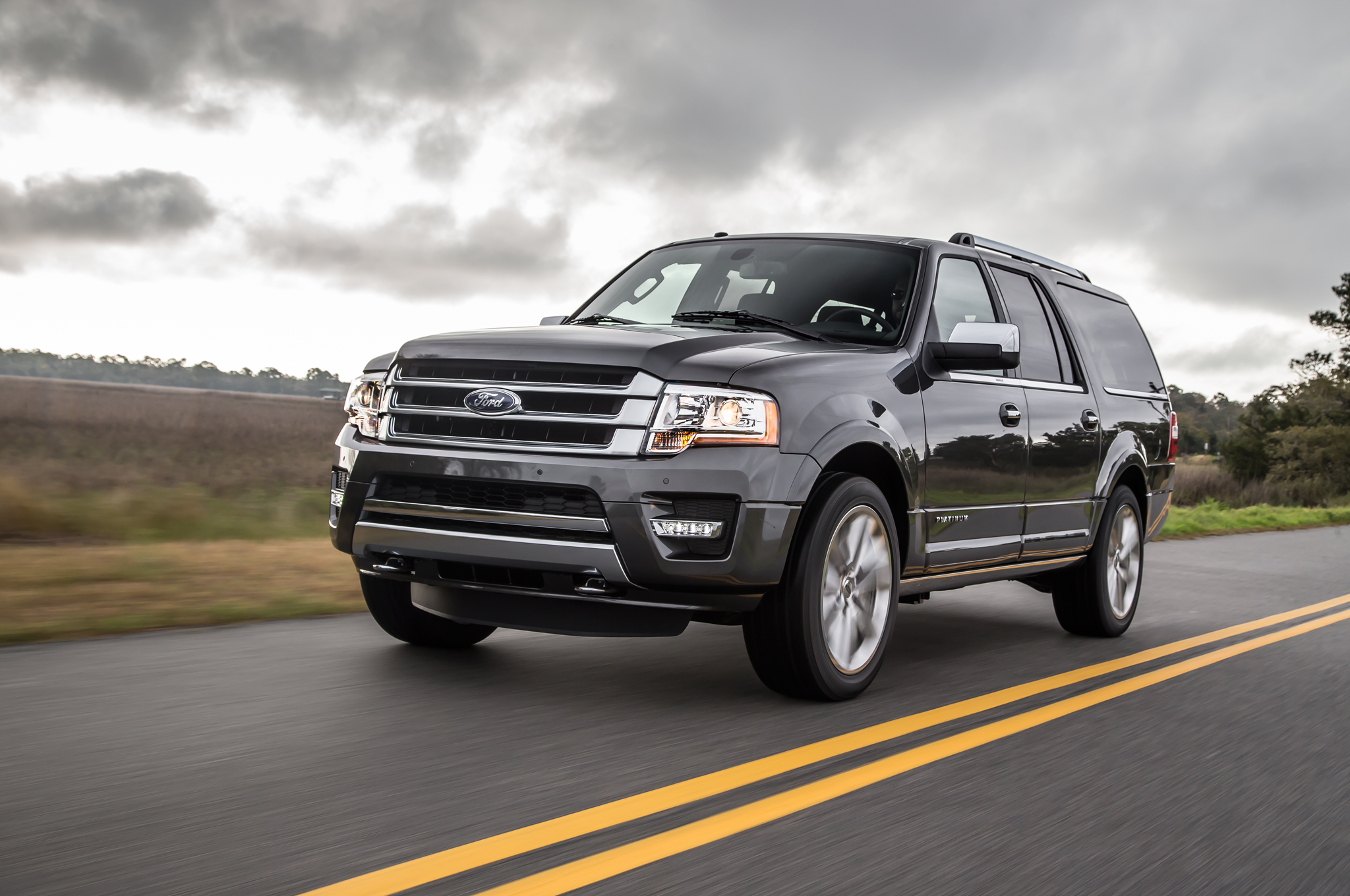 2015 Ford Expedition Performance (Photo 4 of 6)