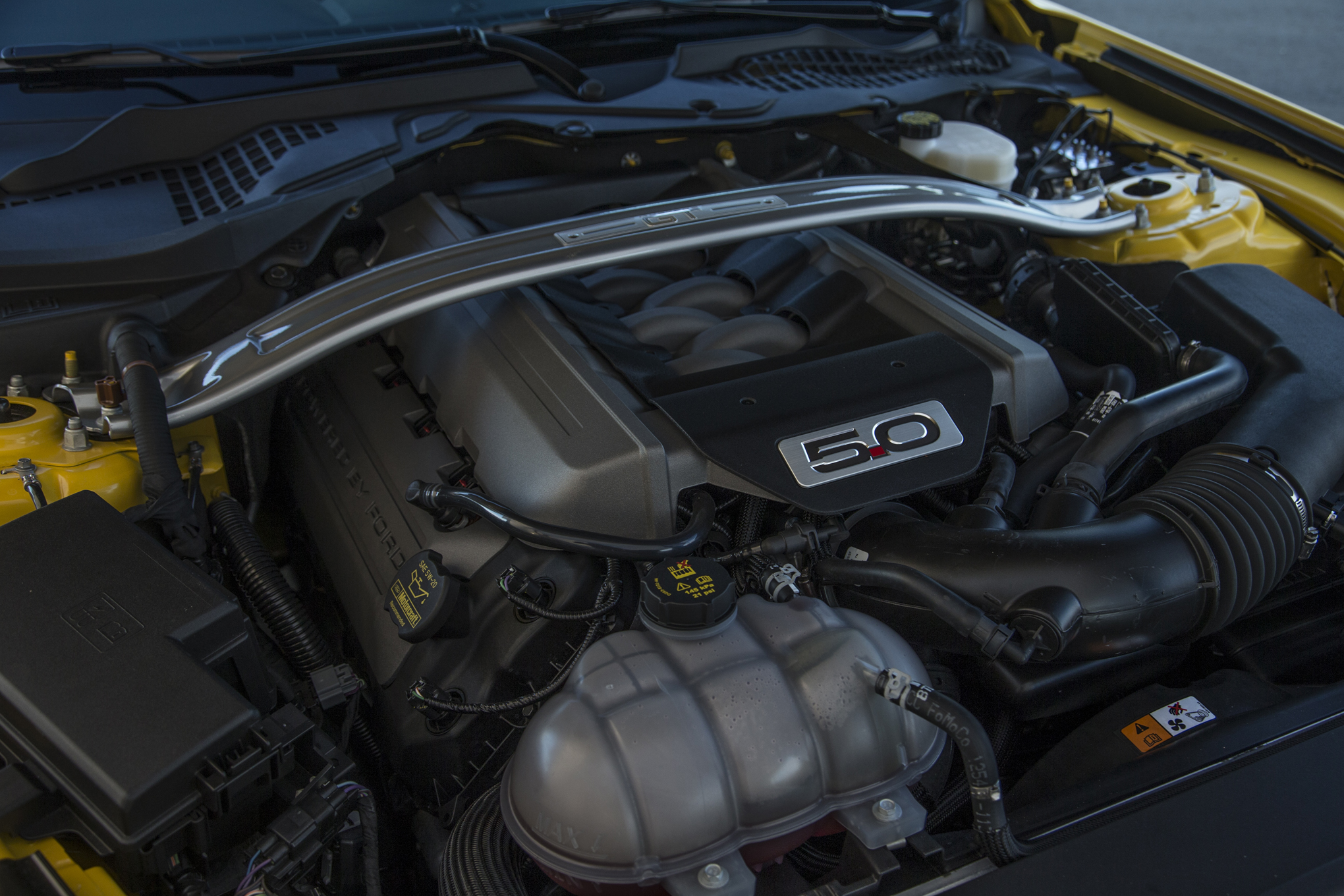2015 Ford Mustang Gt Engine Preview  (Photo 7 of 30)