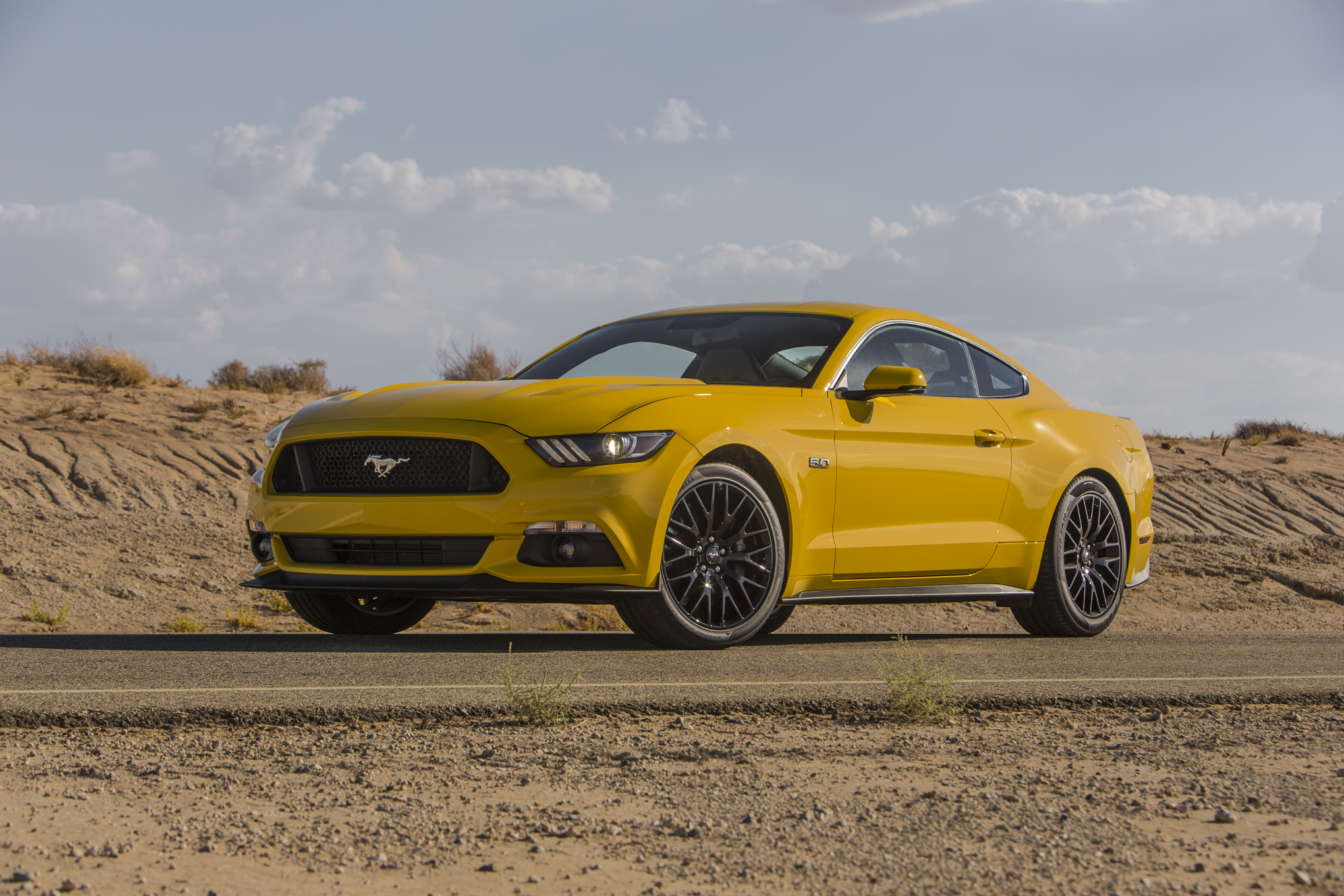 2015 Ford Mustang Gt Exterior (Photo 8 of 30)
