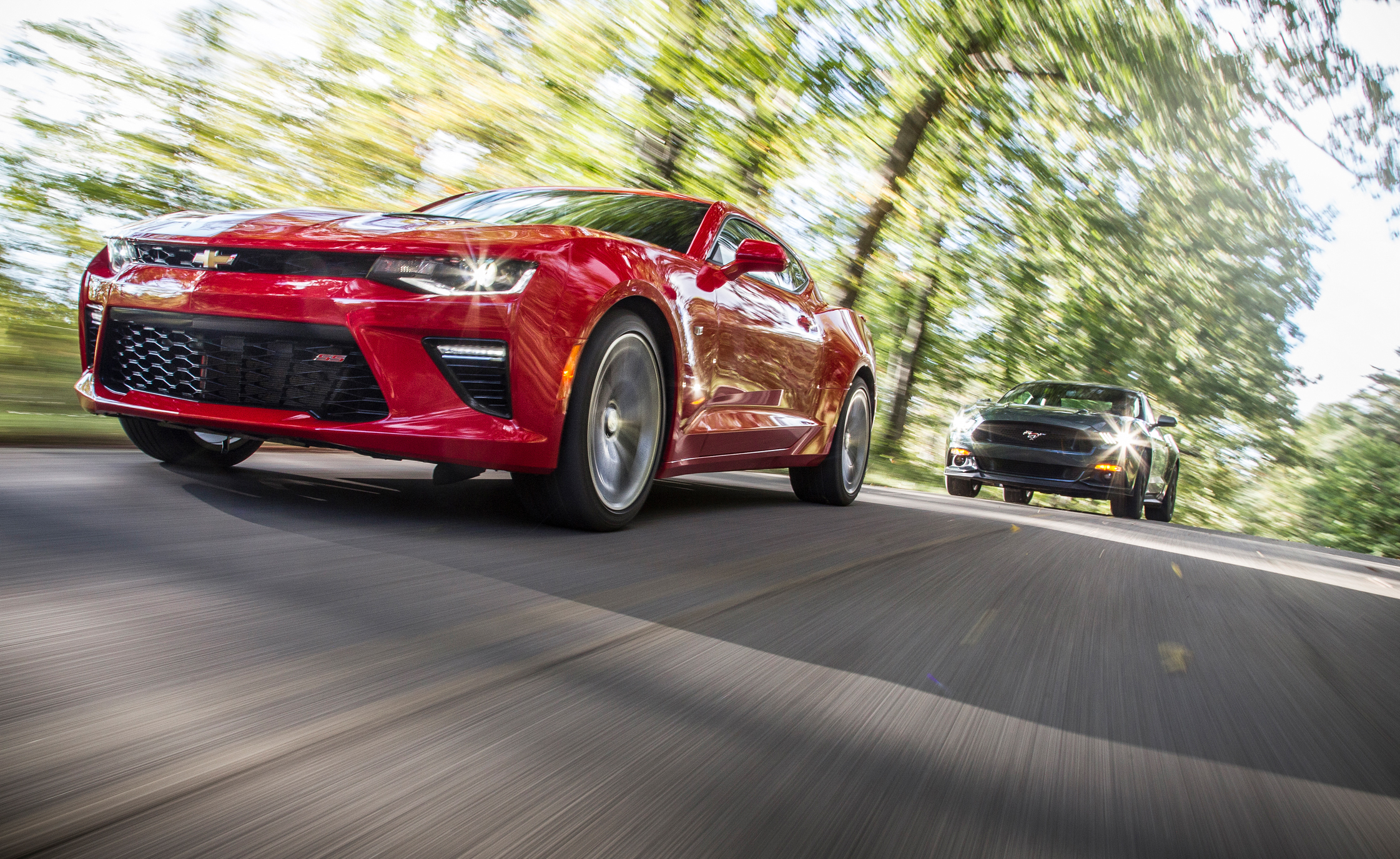 2016 Chevrolet Camaro SS And 2015 Ford Mustang GT (Photo 29 of 30)