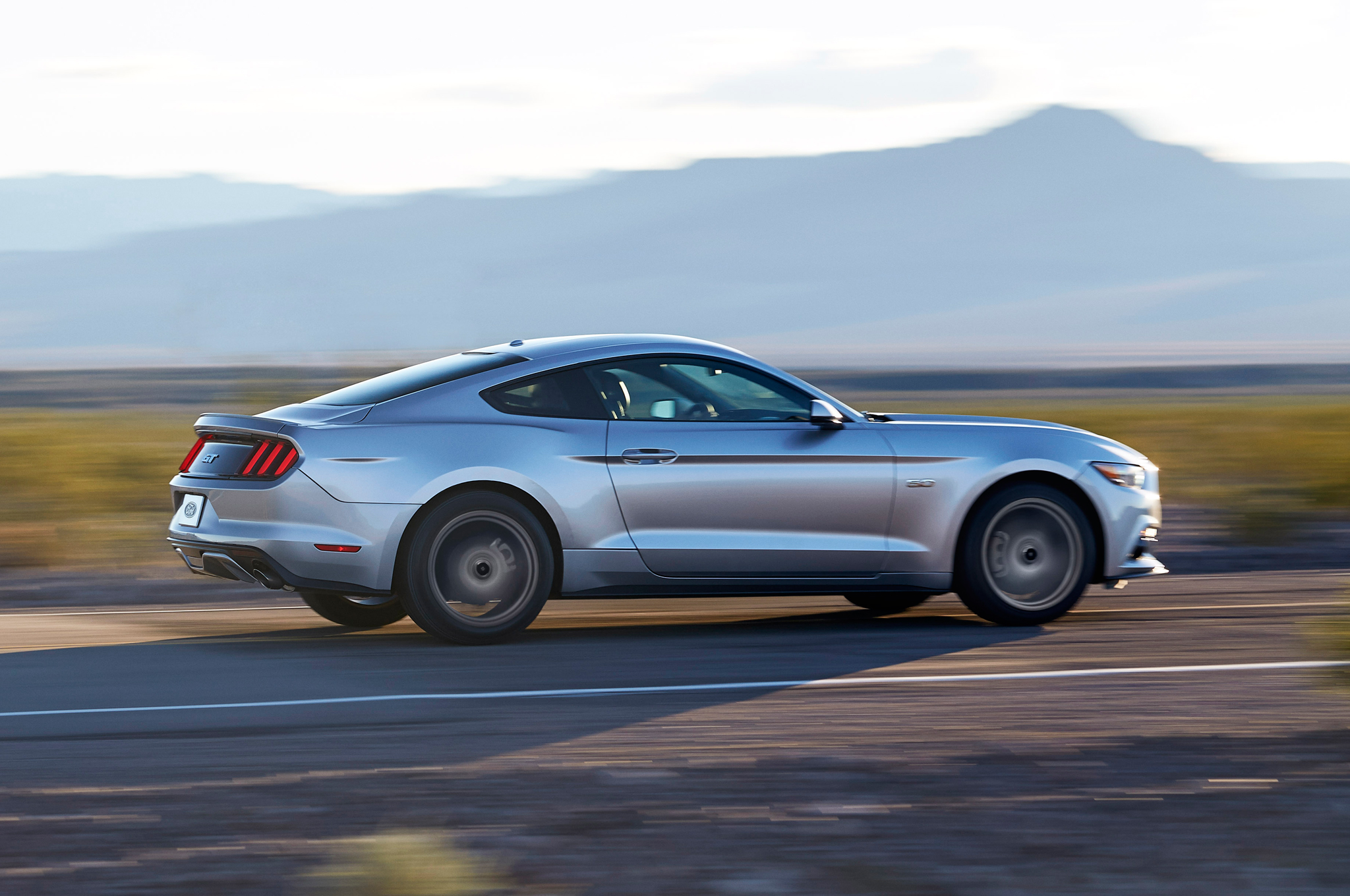 2015 Ford Mustang Side Profile (Photo 26 of 30)