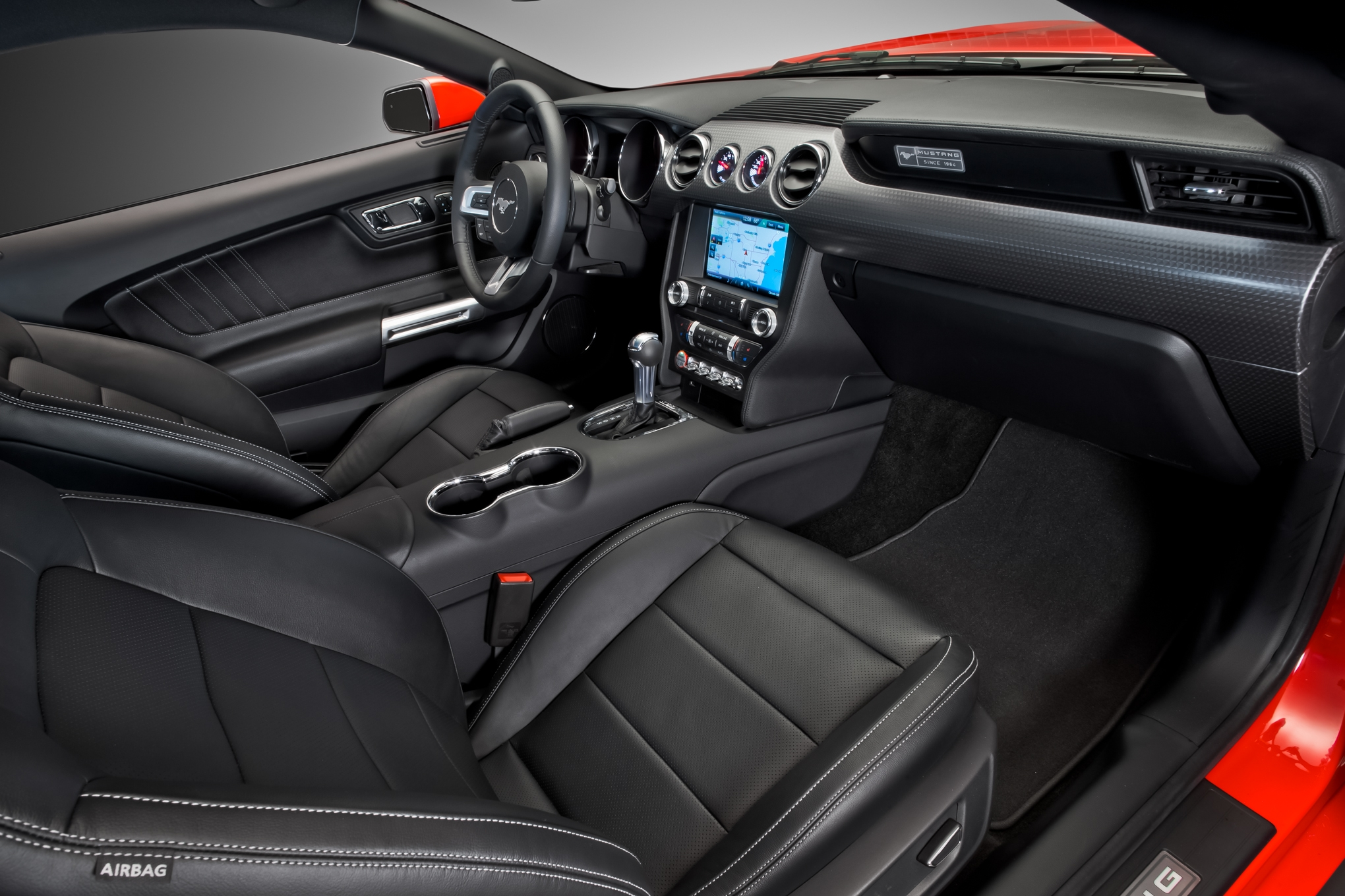 2015 Ford Mustang Special 50th Anniversary Front Seat Interior (Photo 28 of 30)