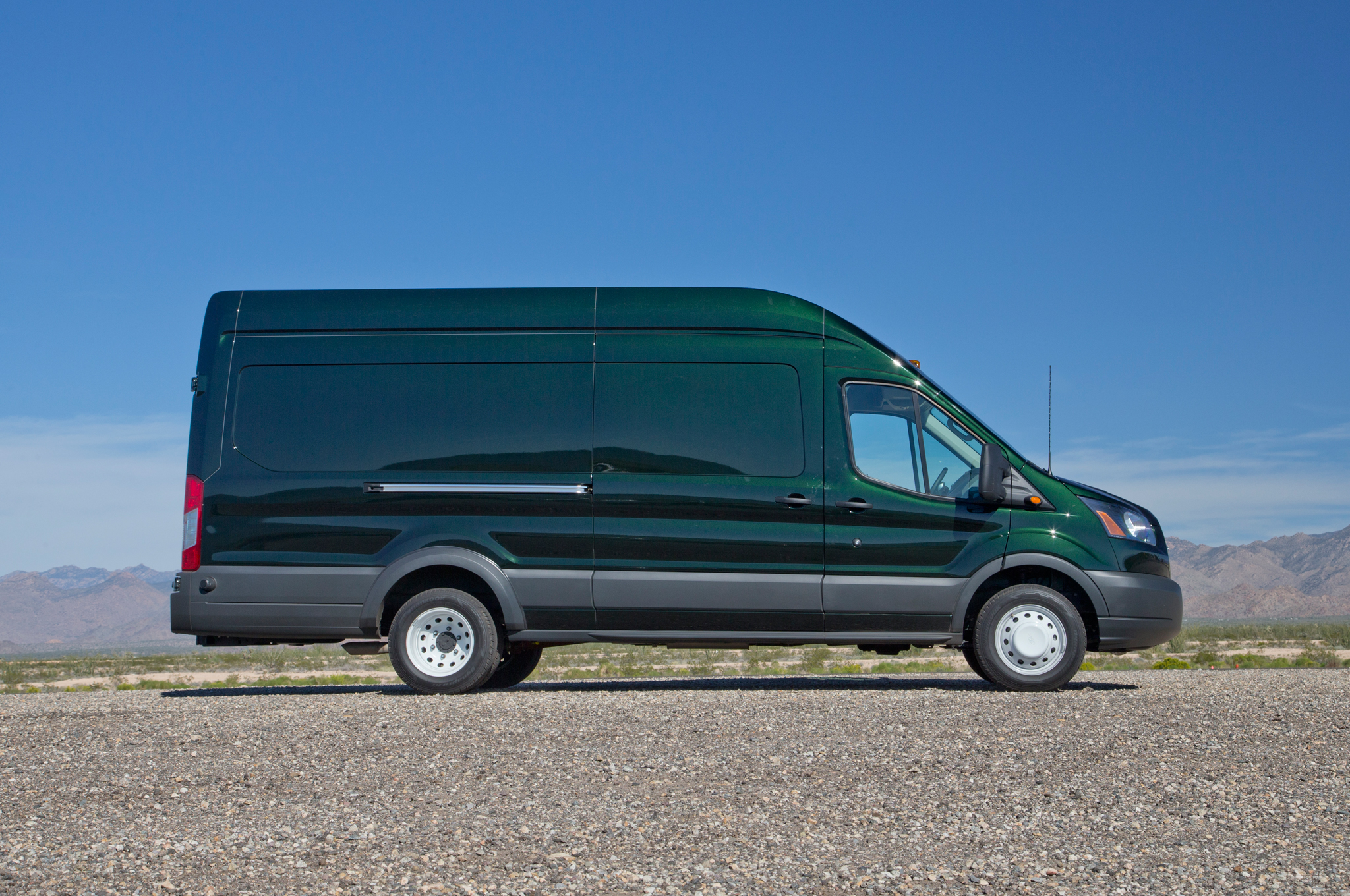 2015 Ford Transit 150 350hd Review (Photo 3 of 13)