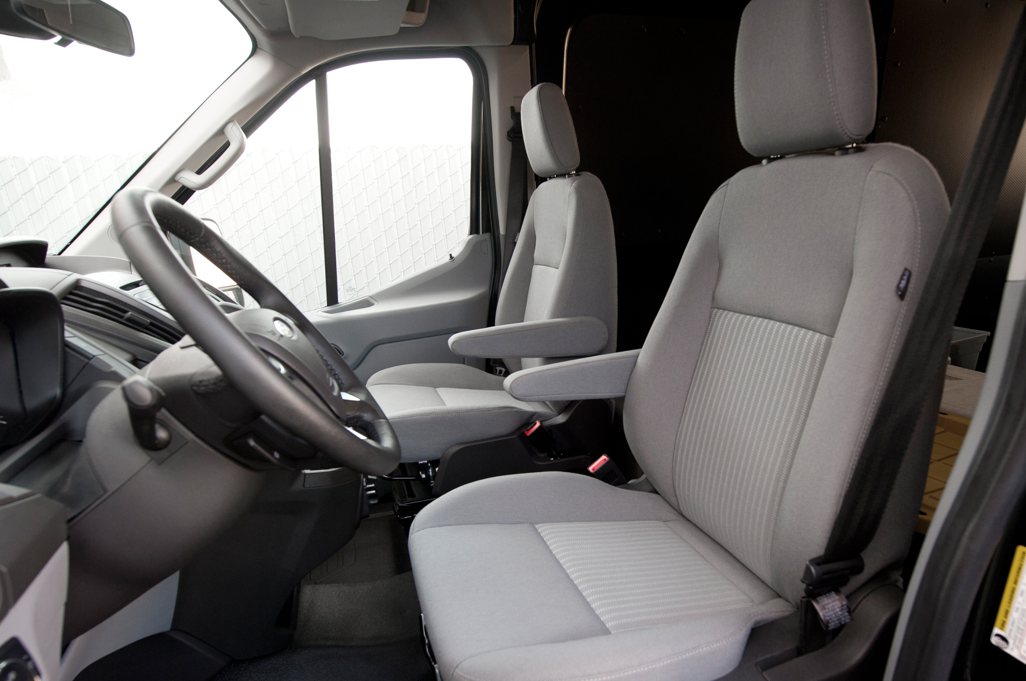 2015 Ford Transit 150 350hd Seats Interior (Photo 4 of 13)
