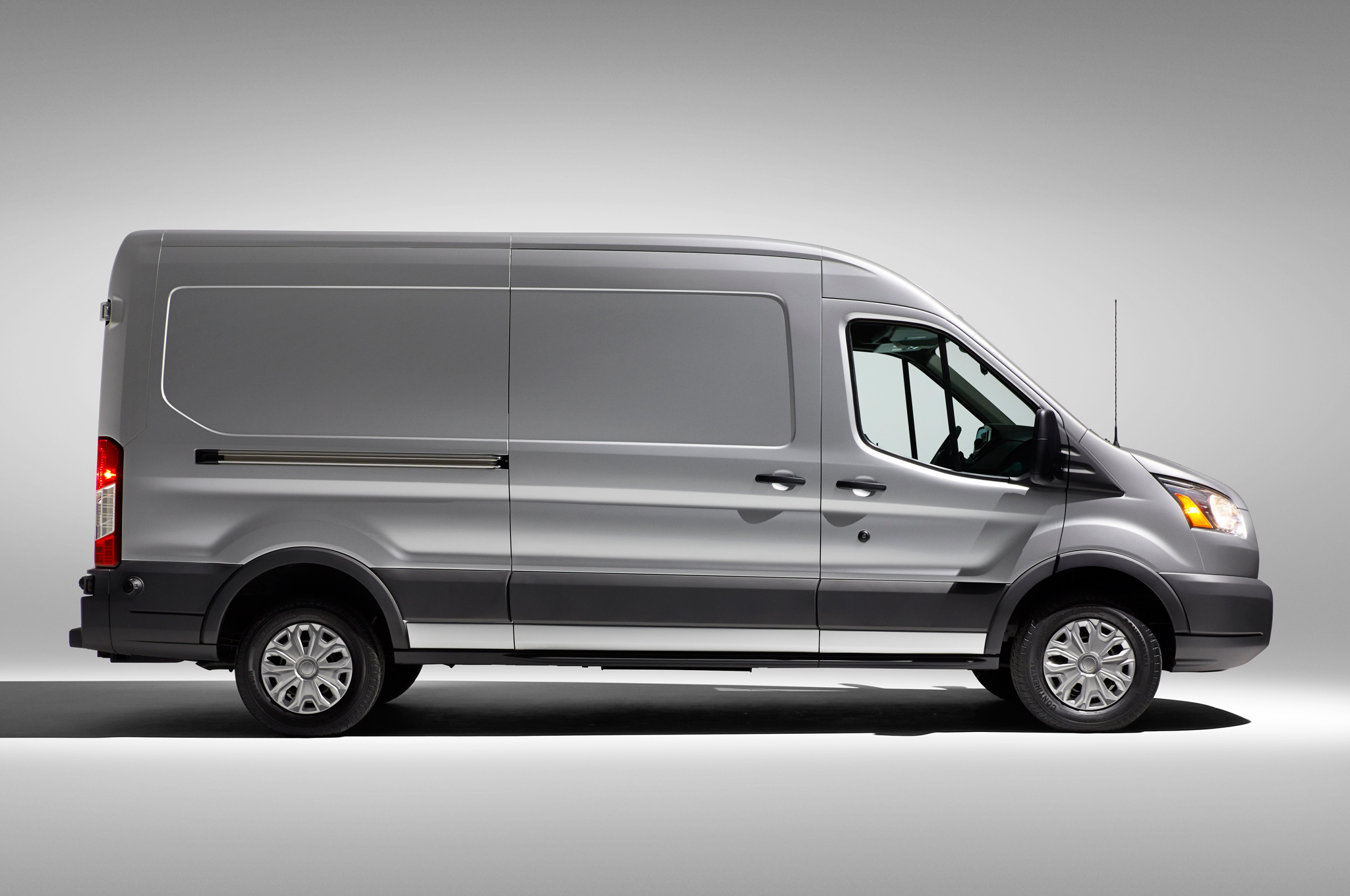 2015 Ford Transit 150 Rear Exterior (Photo 11 of 13)