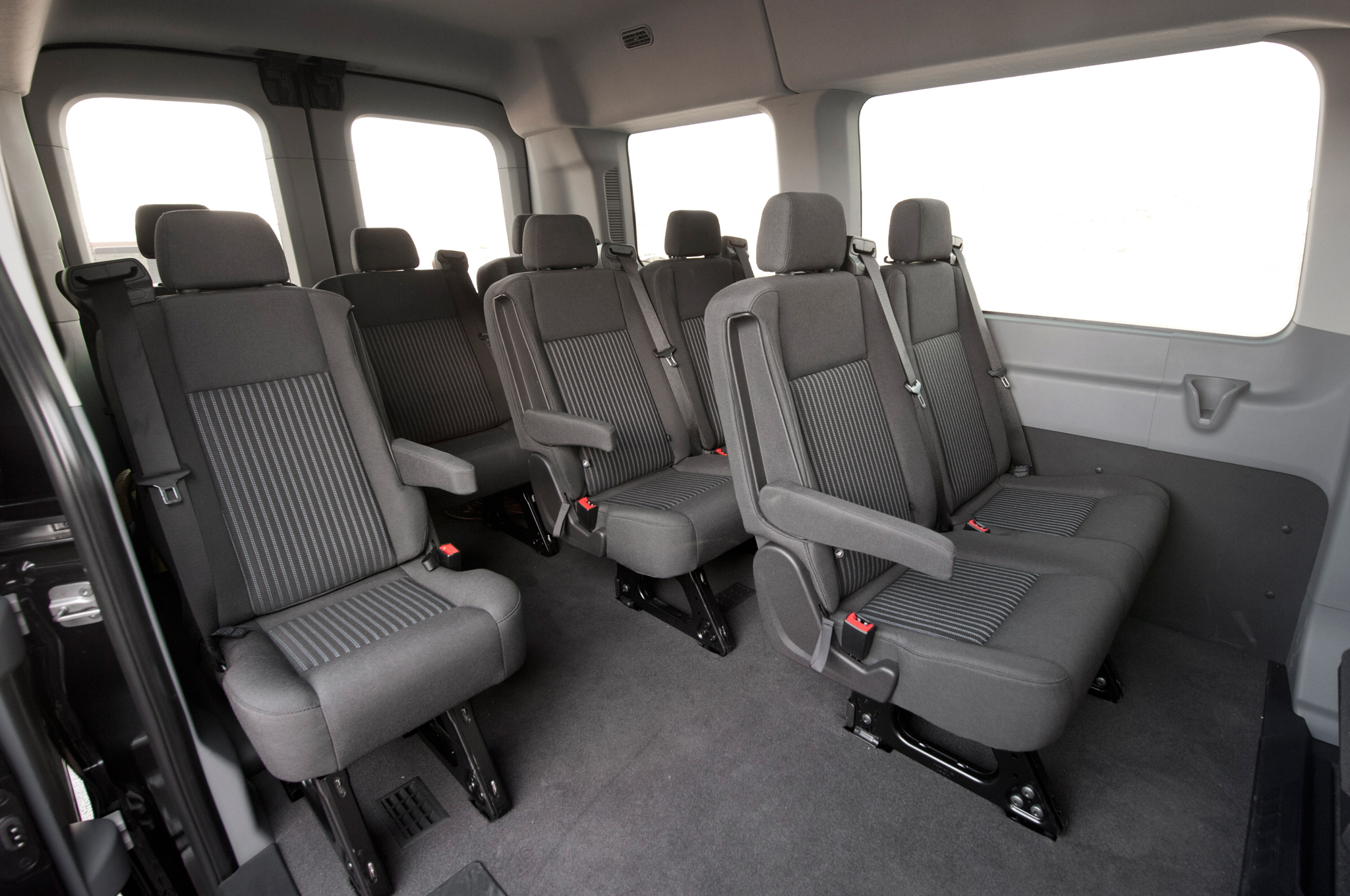 2015 Ford Transit 150 Seats Interior (Photo 6 of 13)