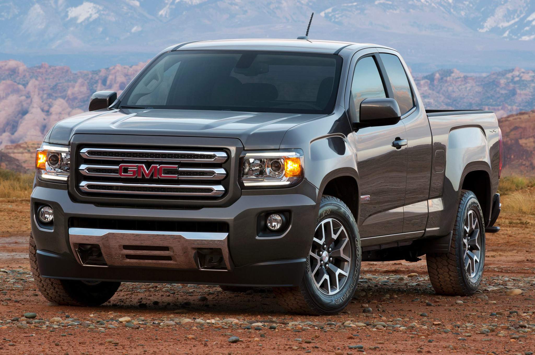 2015 Gmc Canyon Front End (Photo 4 of 6)