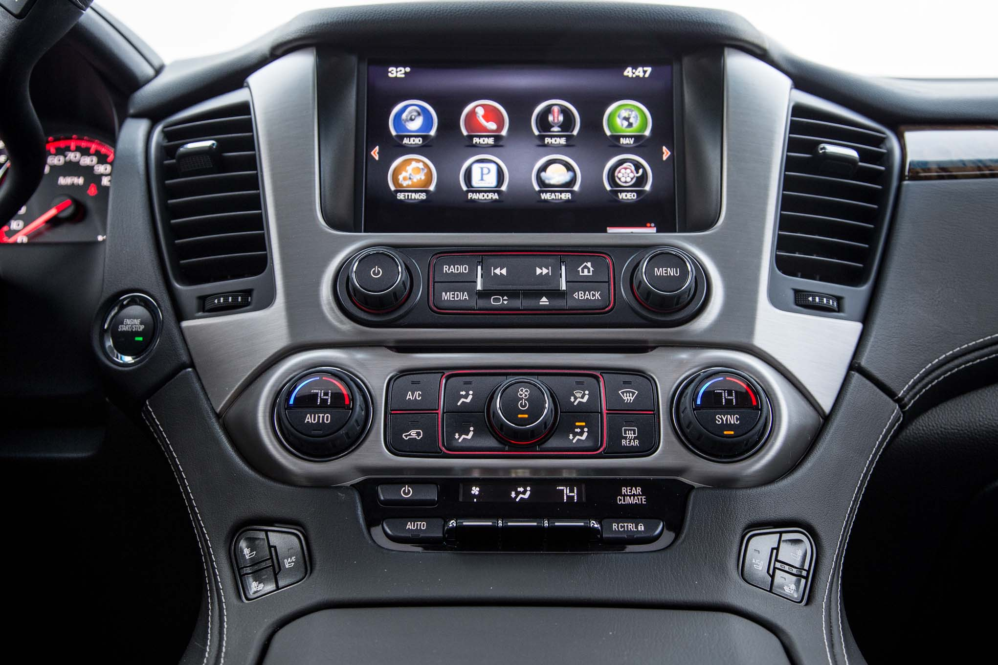 2015 Gmc Yukon Xl Interior Head Unit Profile (Photo 8 of 10)