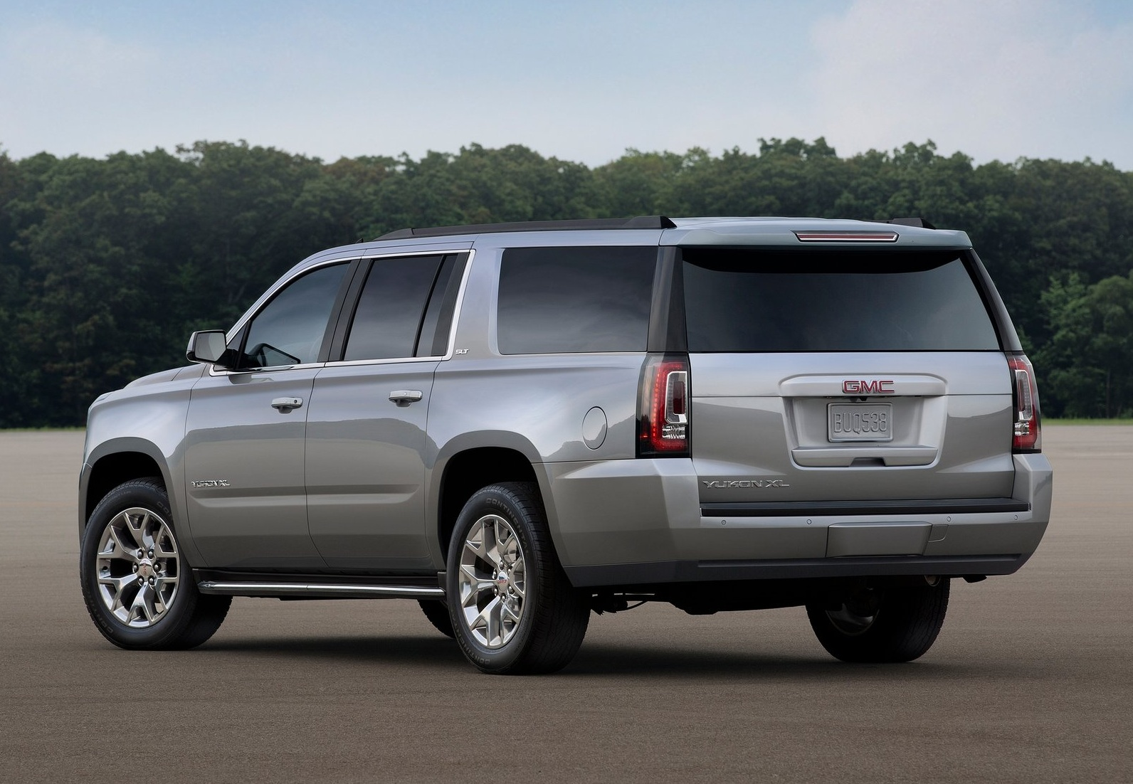 2015 Gmc Yukon Xl Rear Side Design (Photo 9 of 10)