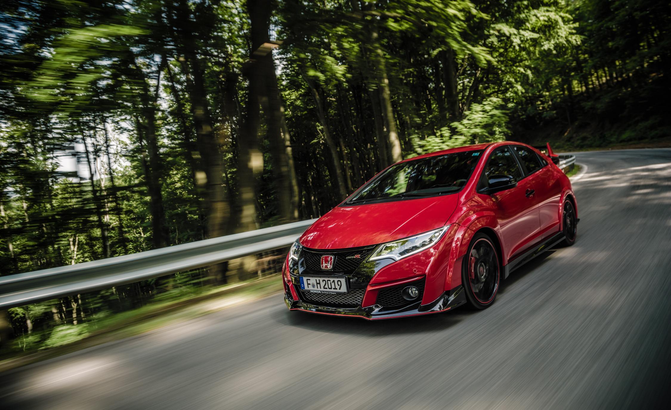 2015 Honda Civic Type R (Euro Spec) (View 18 of 34)