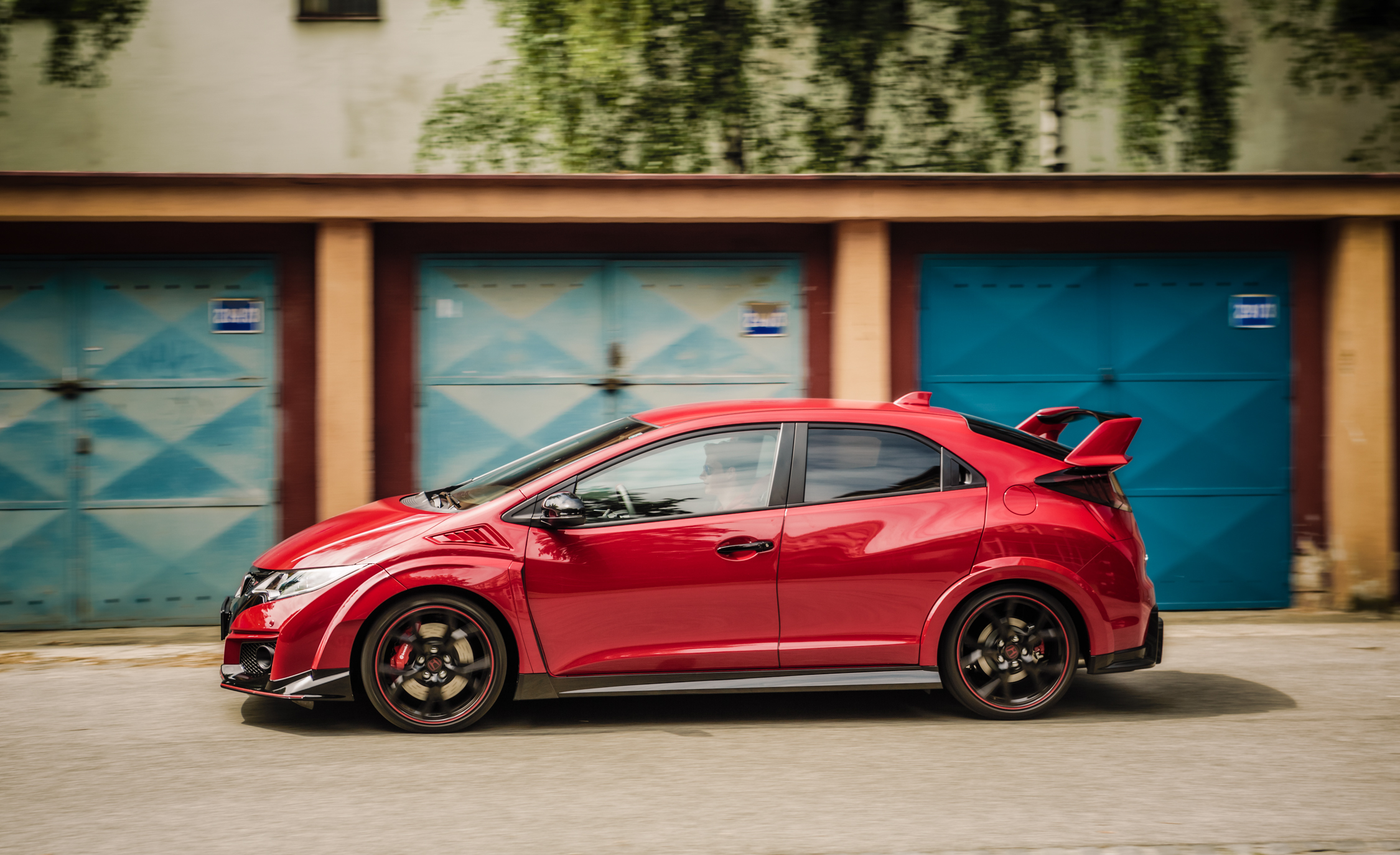 2015 Honda Civic Type R (Euro Spec) (Photo 31 of 34)