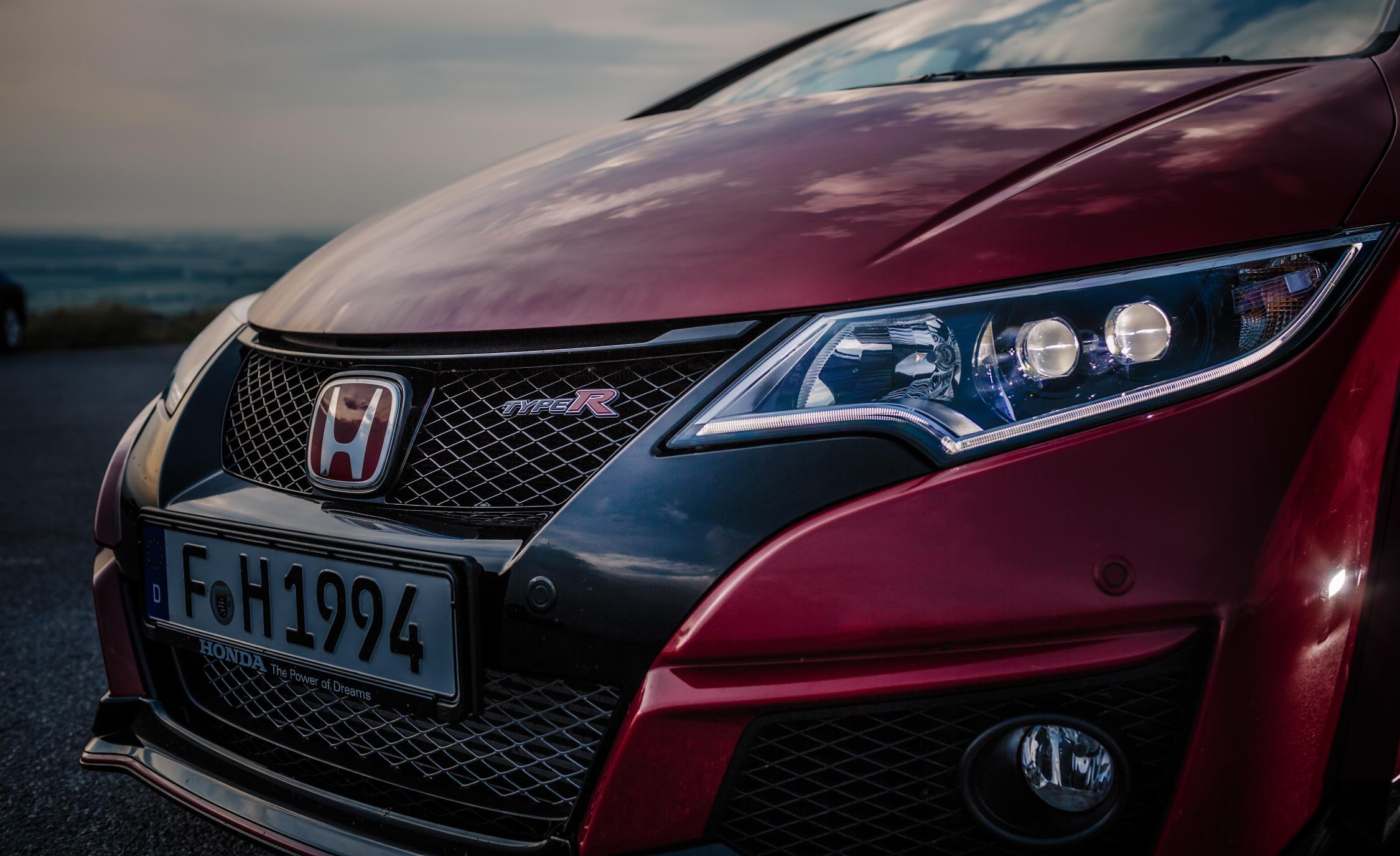 2015 Honda Civic Type R (Euro Spec) (Photo 33 of 34)