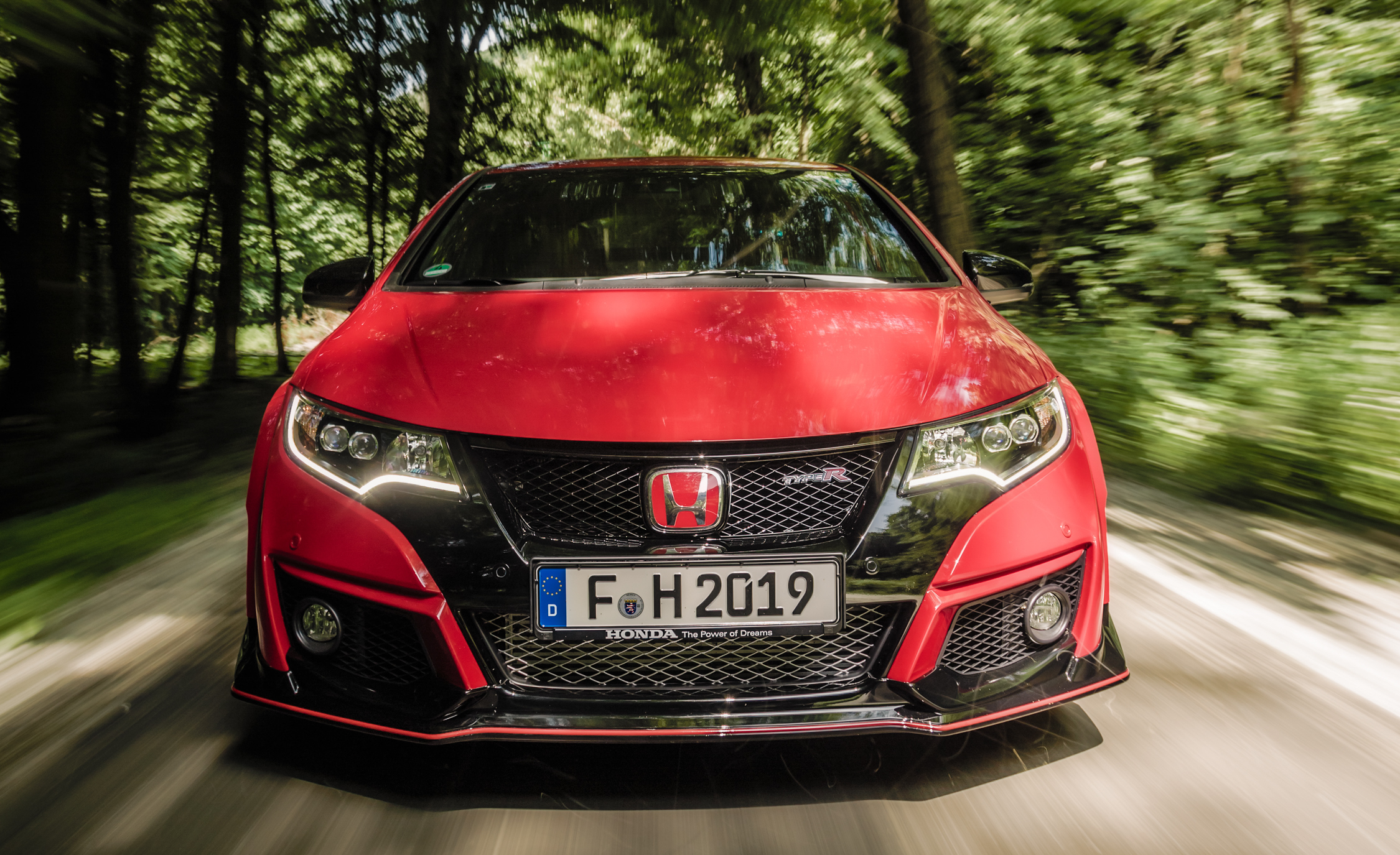 2015 Honda Civic Type R (Euro Spec) (Photo 34 of 34)