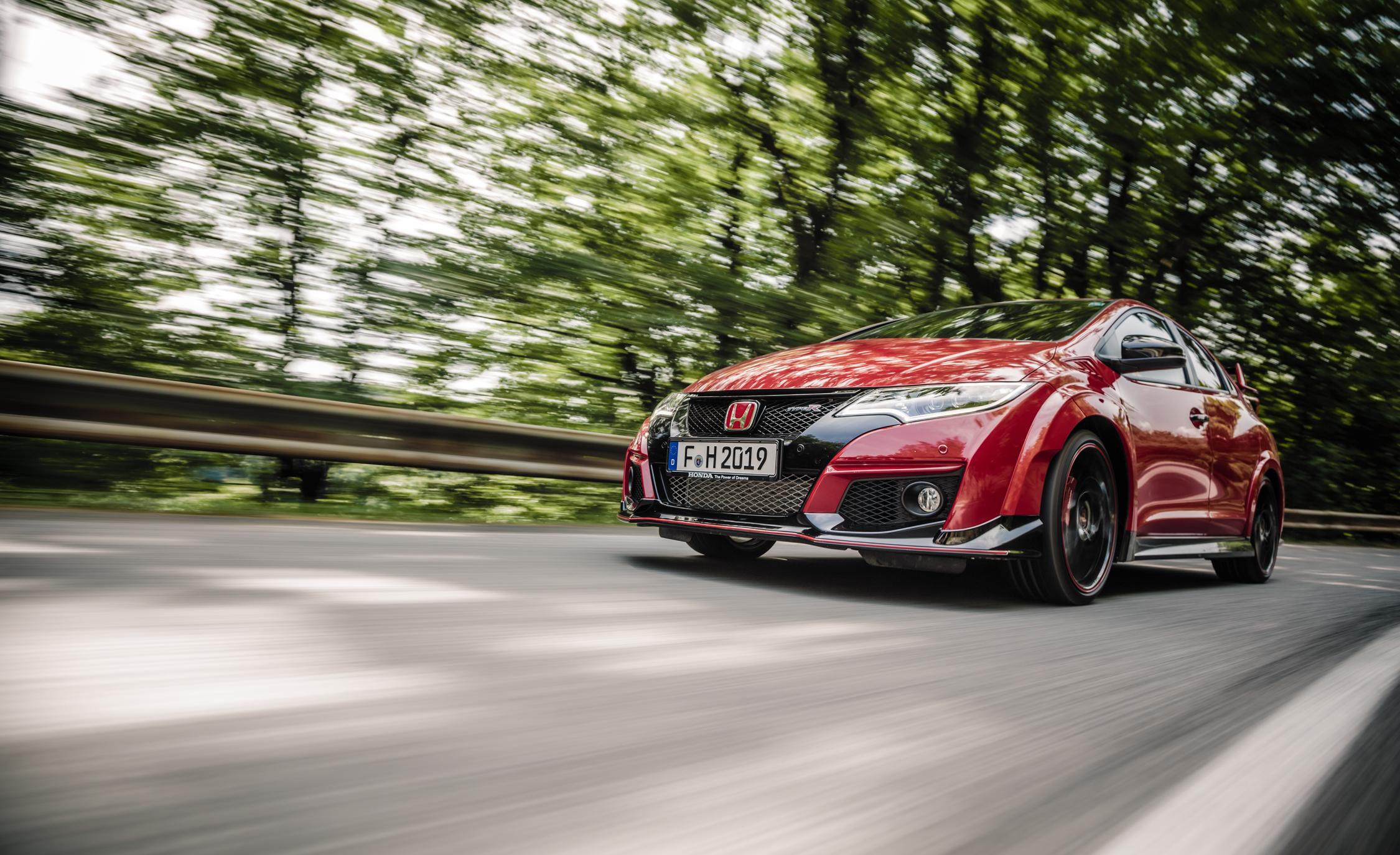 2015 Honda Civic Type R (Euro Spec) (View 10 of 34)