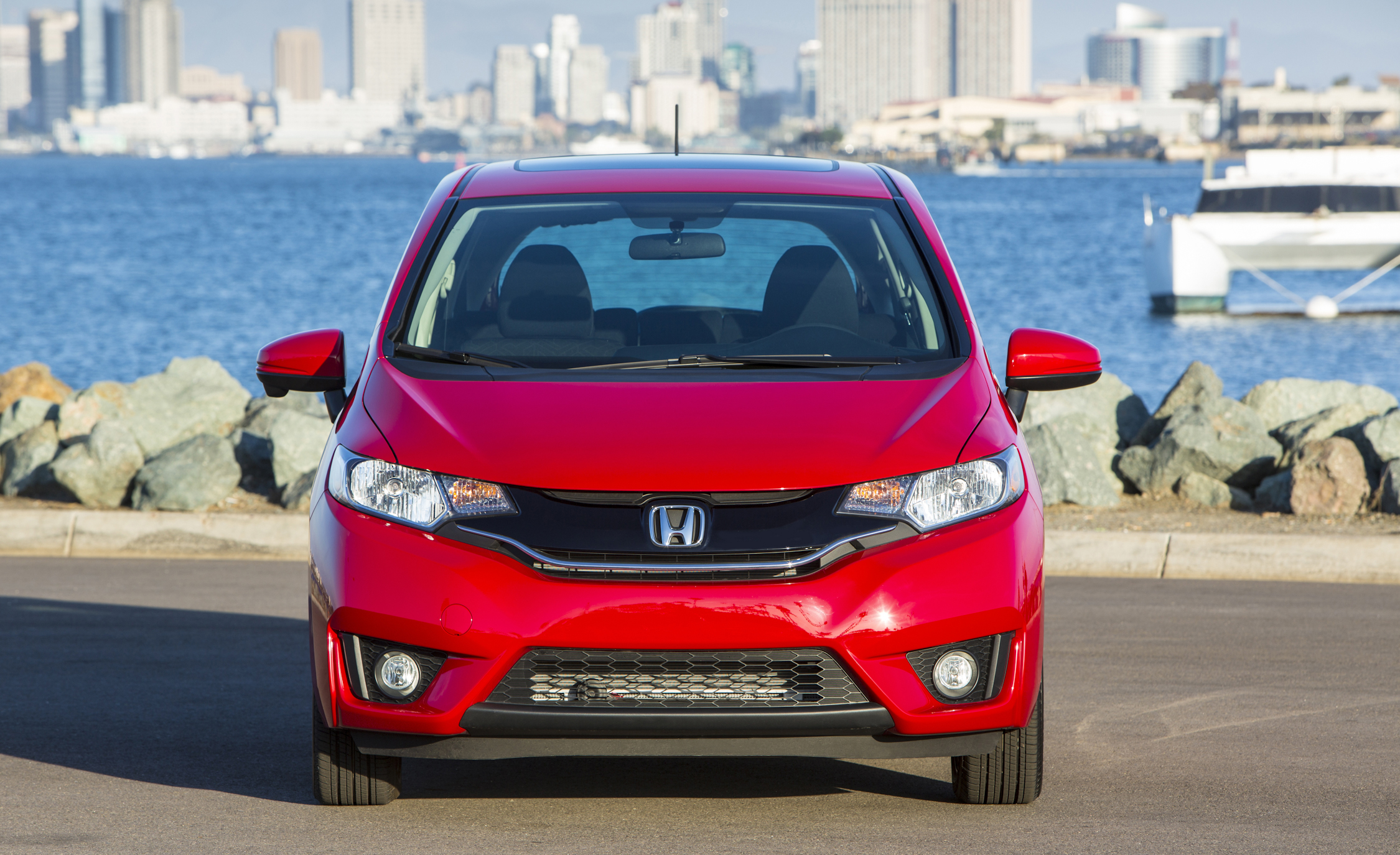 2015 Honda Fit (Photo 8 of 16)