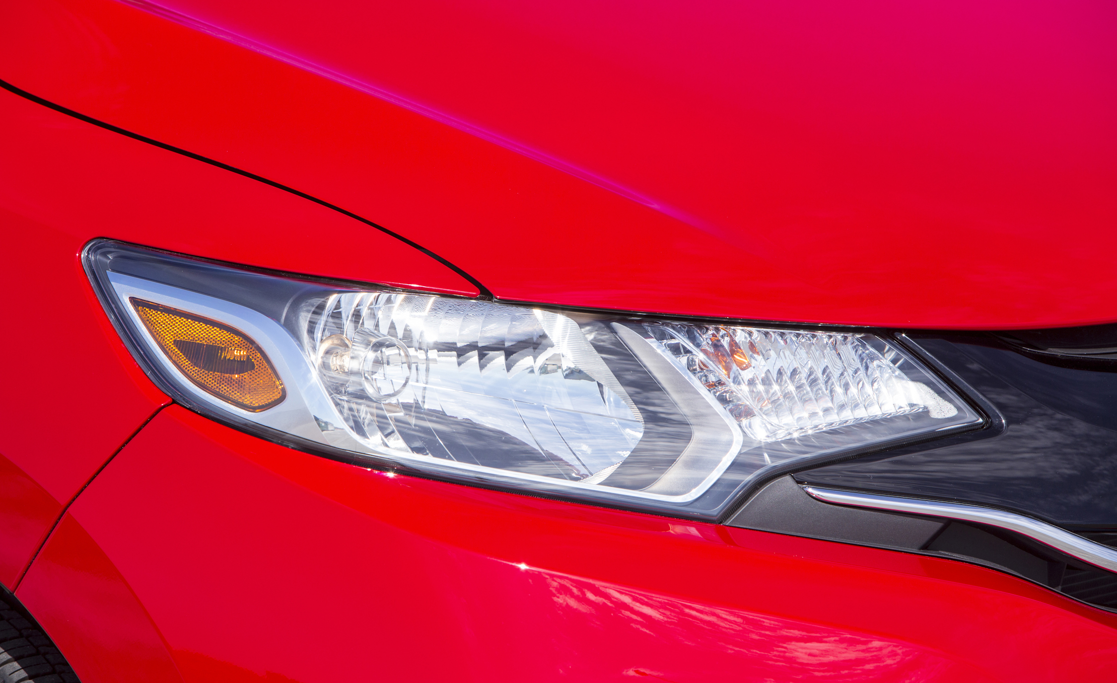 2015 Honda Fit Headlight (Photo 1 of 16)