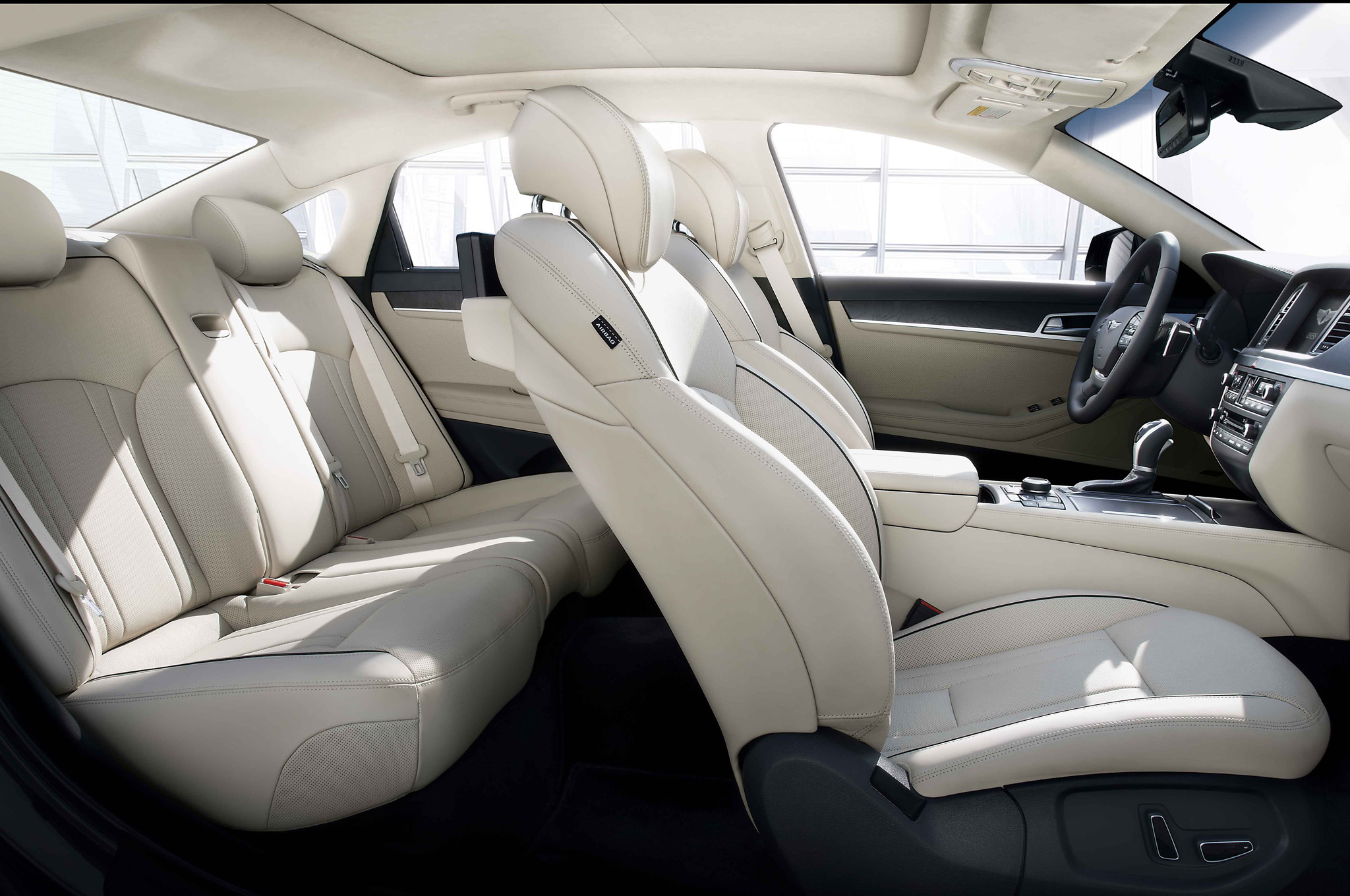 2015 Hyundai Genesis Interior Details (View 6 of 11)