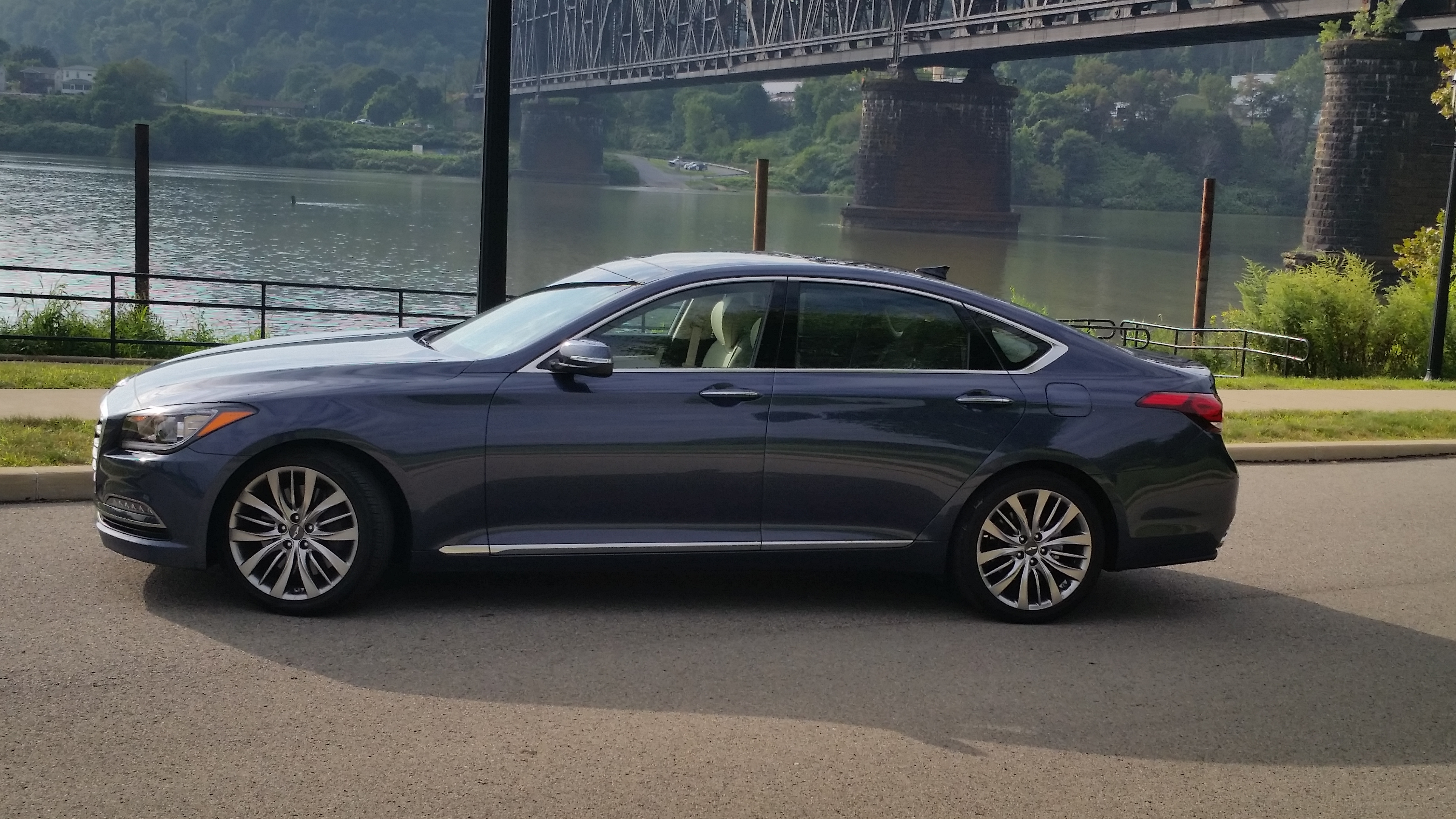 2015 Hyundai Genesis Side Exterior (View 10 of 11)