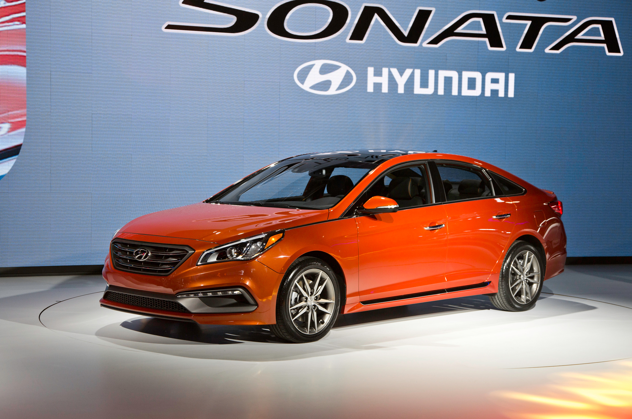 2015 Hyundai Sonata Auto Show (Photo 1 of 11)
