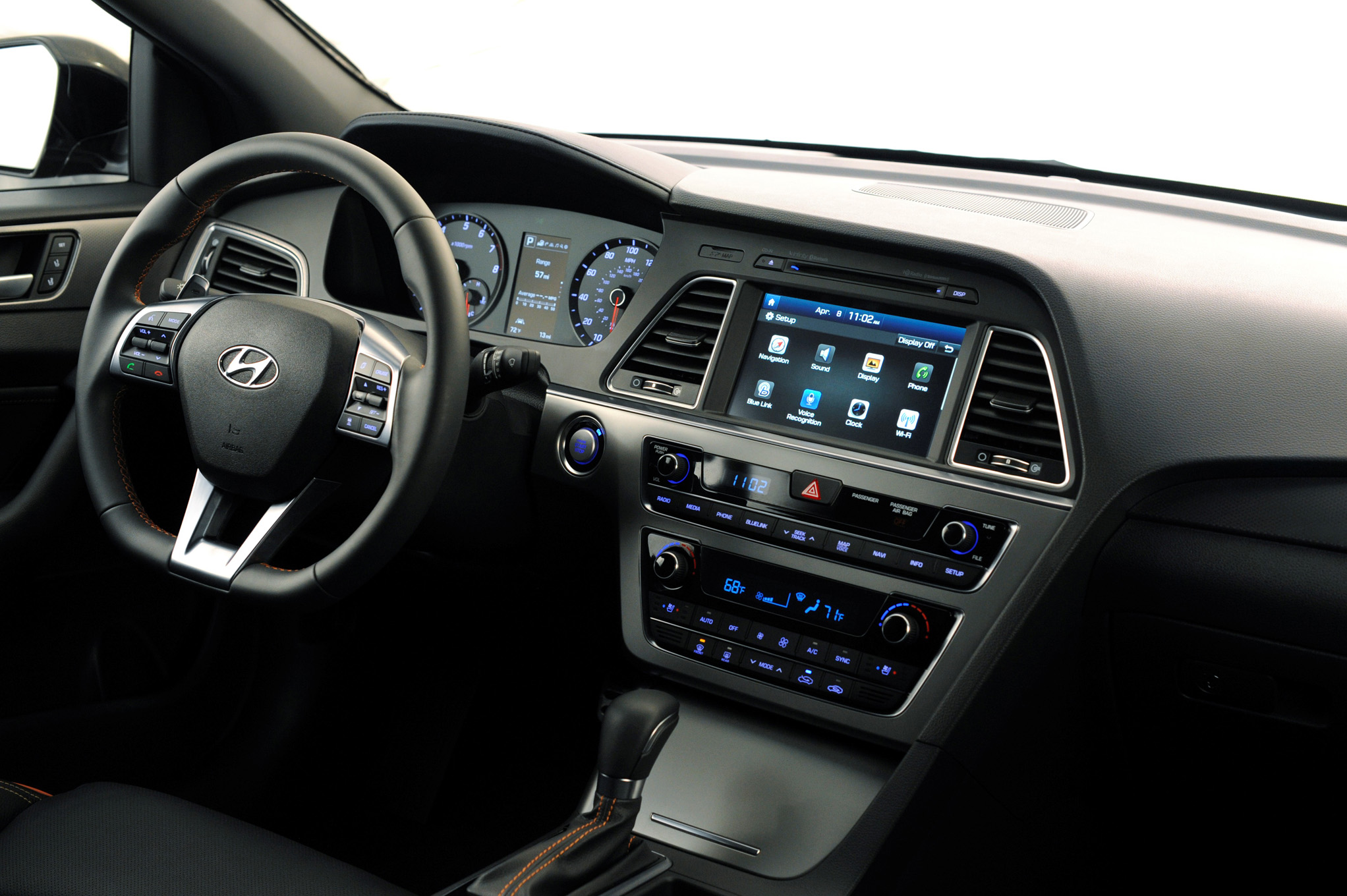2015 Hyundai Sonata Dash And Head Unit (Photo 2 of 11)