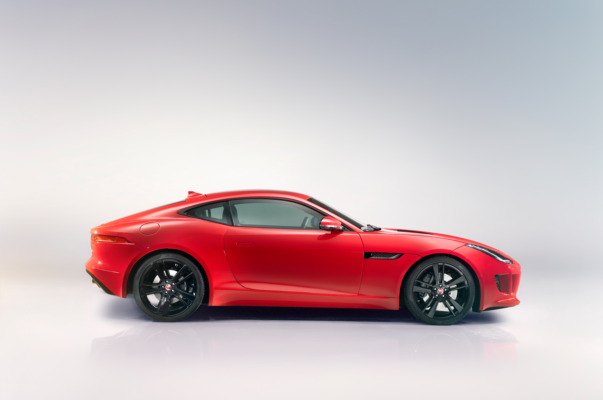 2015 Jaguar F Type Coupe Side Design (Photo 25 of 26)