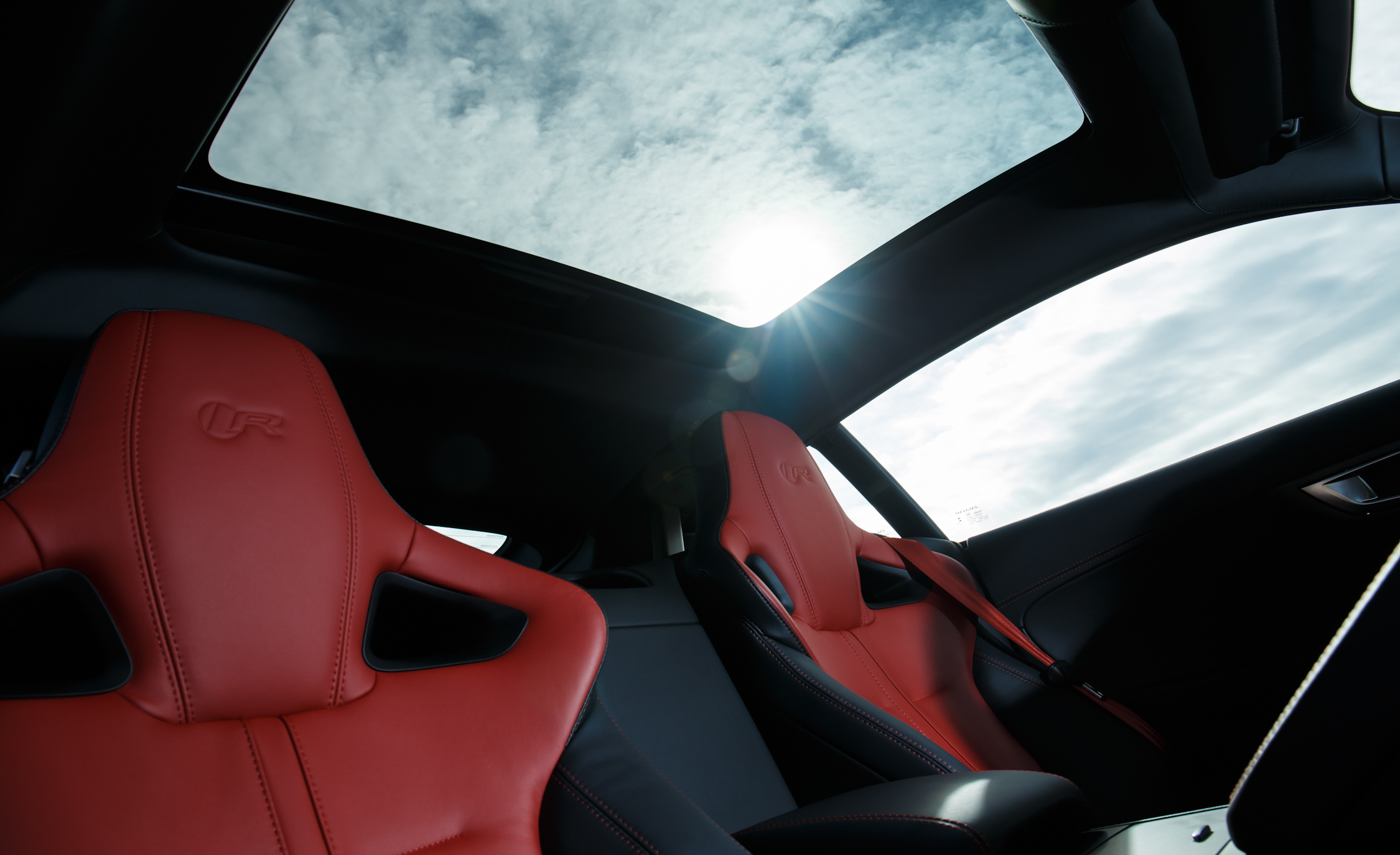 2015 Jaguar F Type R Coupe Interior (Photo 18 of 26)