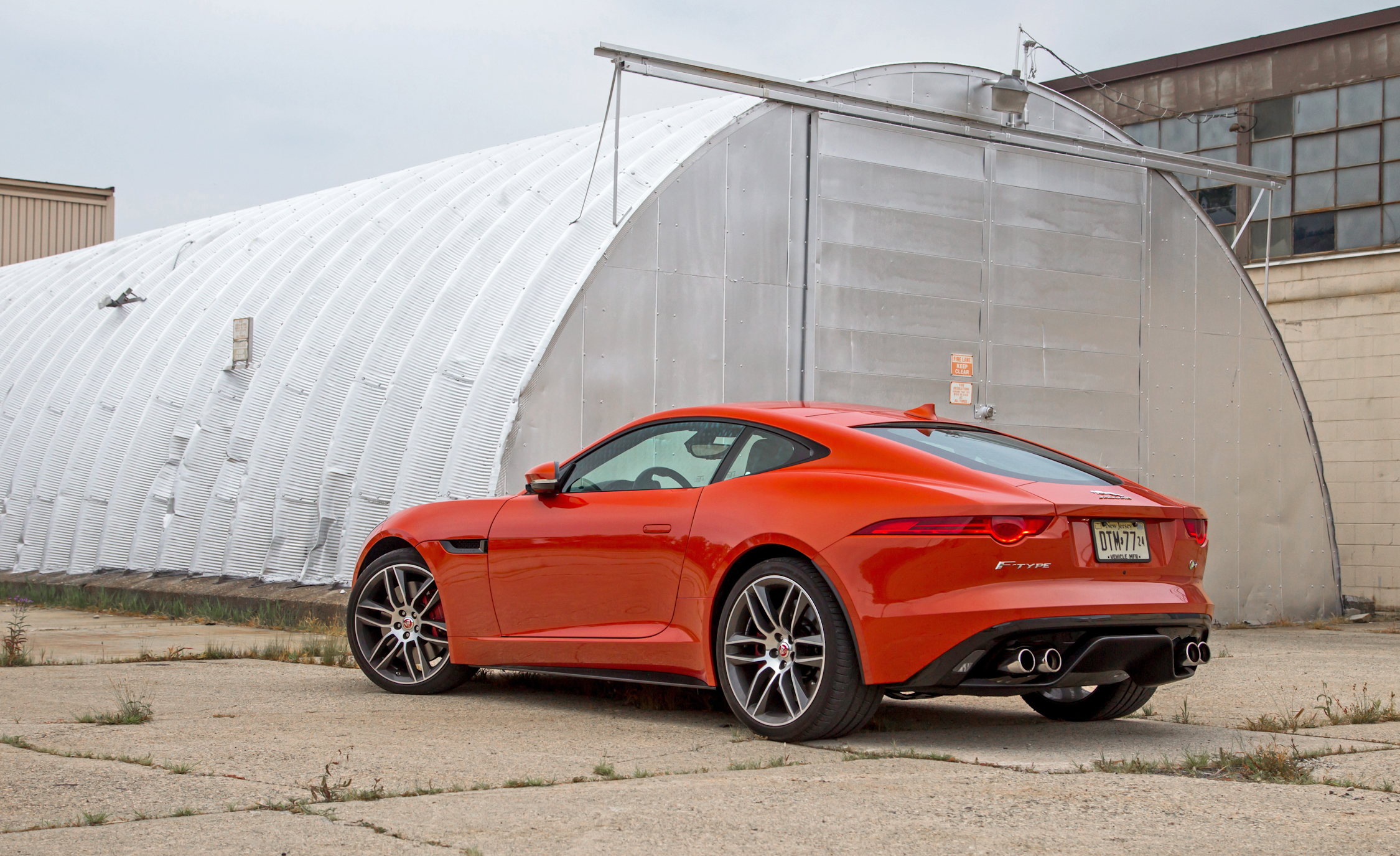 2015 Jaguar F Type R Coupe (Photo 11 of 26)