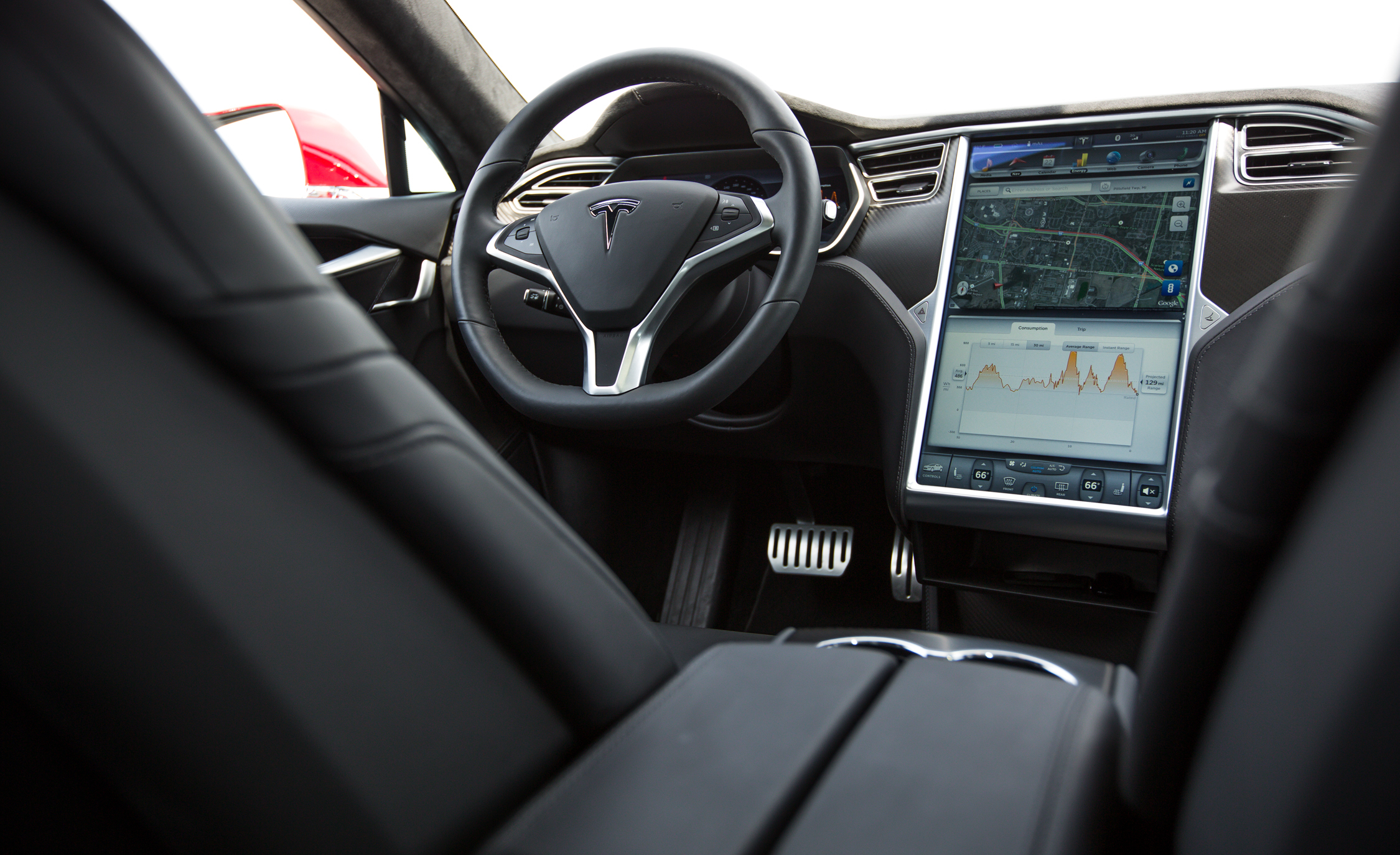2015 Tesla Model S P85D (Photo 9 of 37)