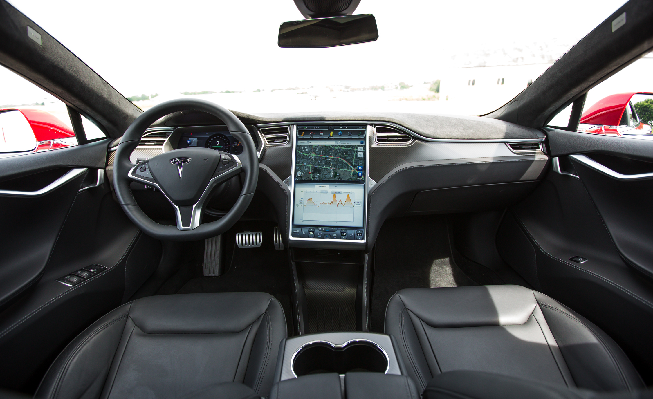 2015 Tesla Model S P85D (View 22 of 37)