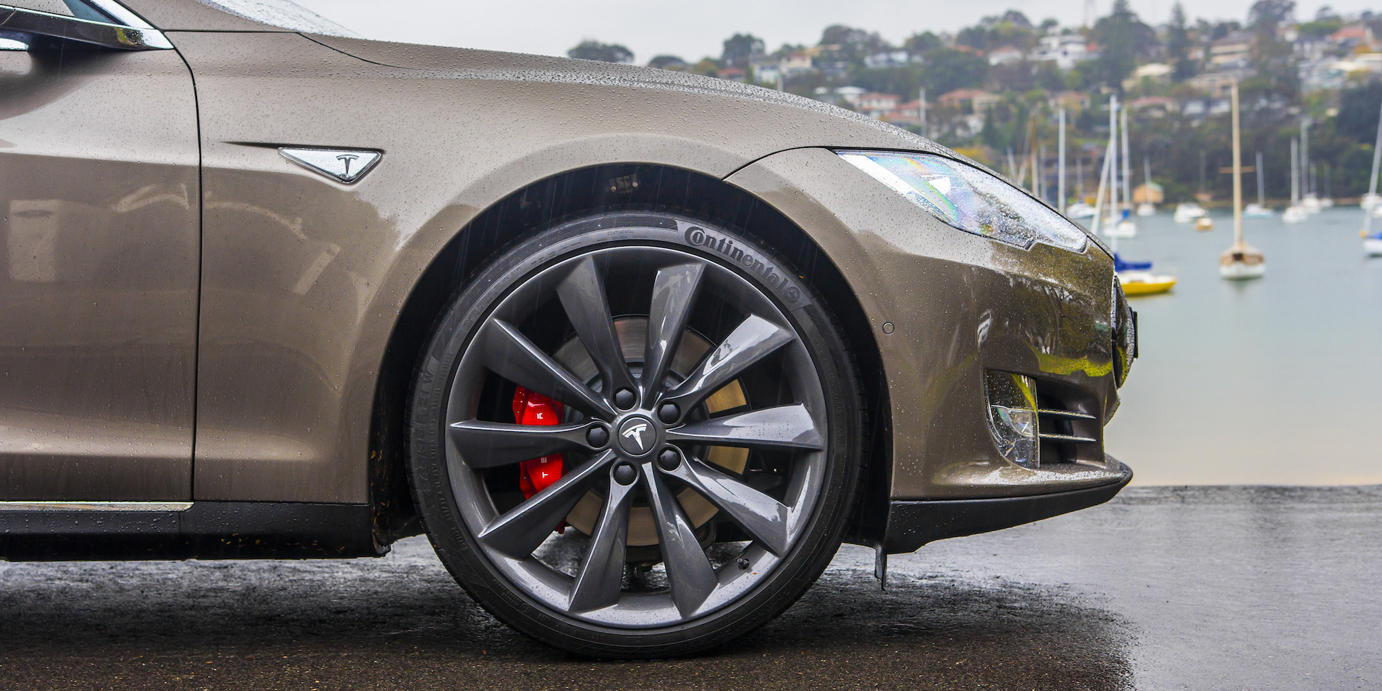 2015 Tesla Model S P85d Front Wheel (Photo 28 of 37)