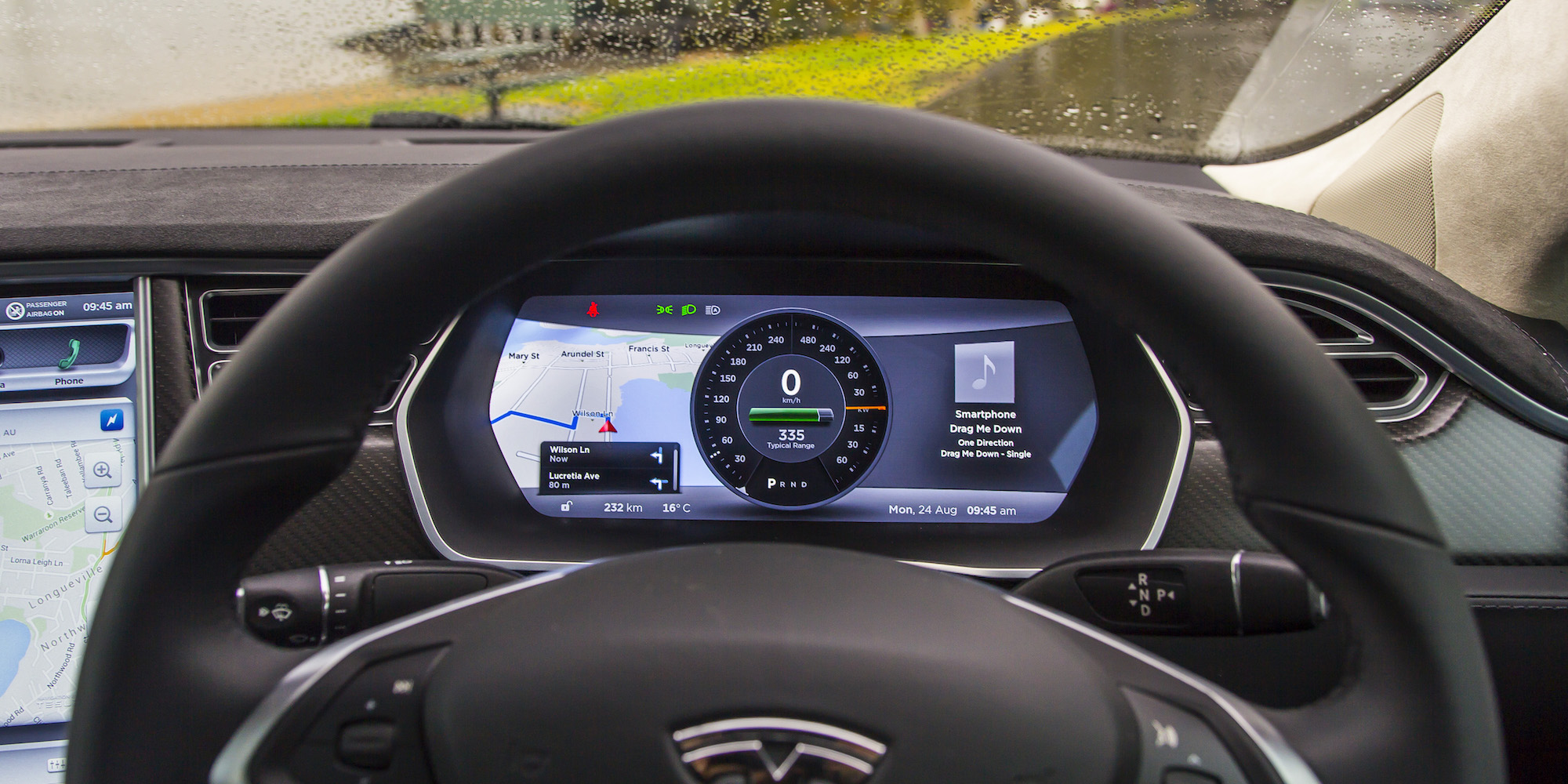 2015 Tesla Model S P85d Speedometer View (Photo 37 of 37)