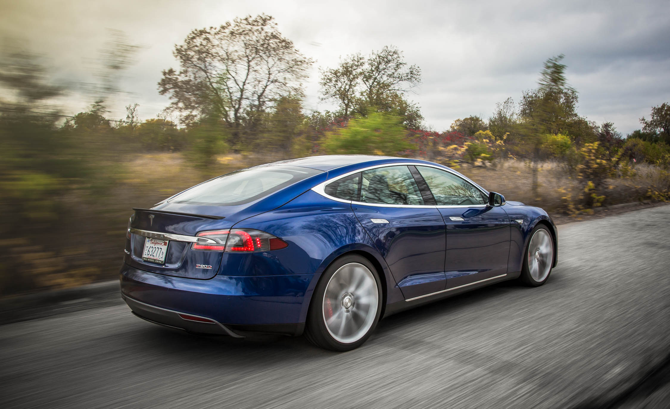 2015 Tesla Model S P90D (Photo 21 of 37)