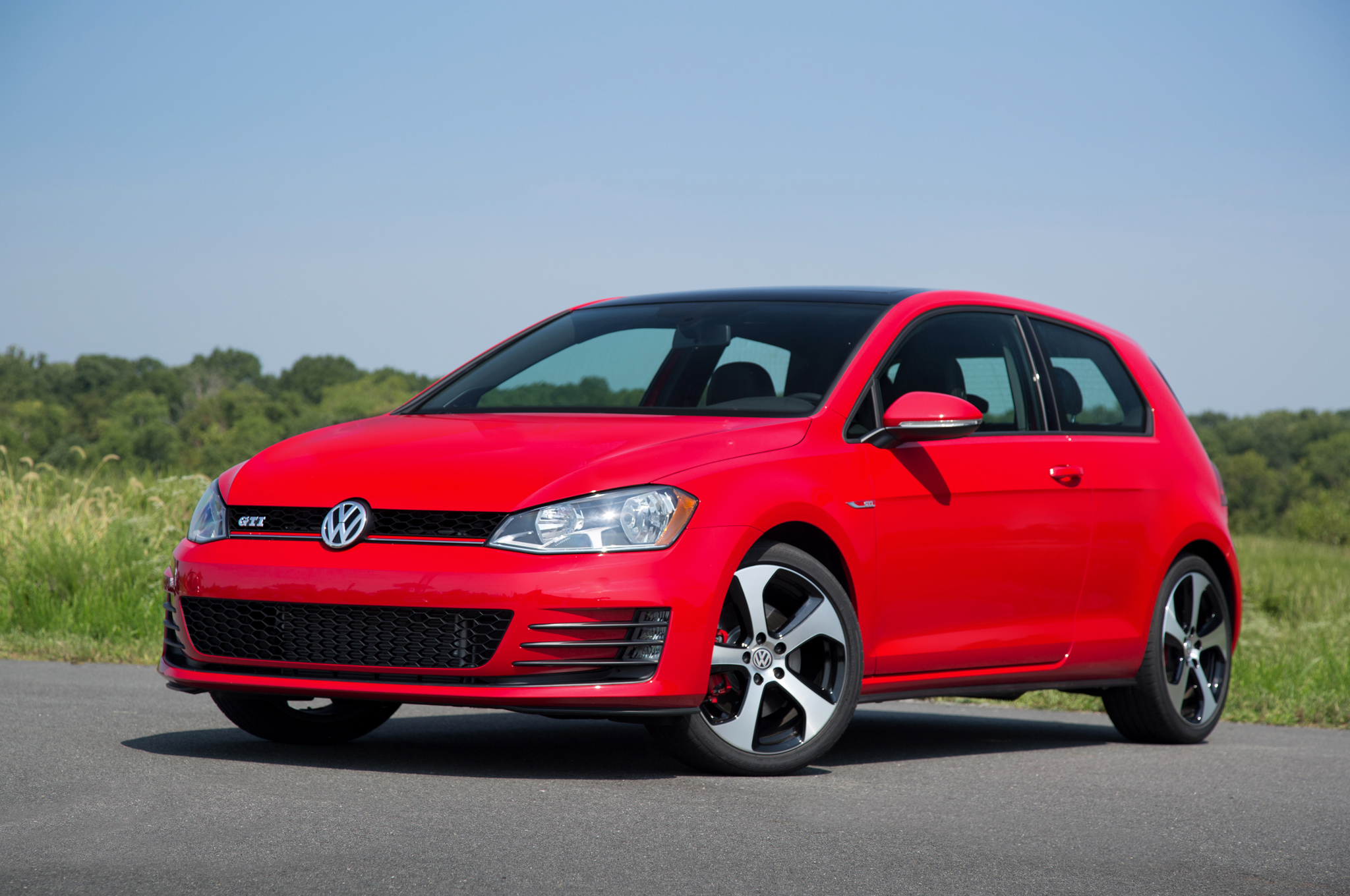 Featured Image of 2015 Volkswagen Golf GTI